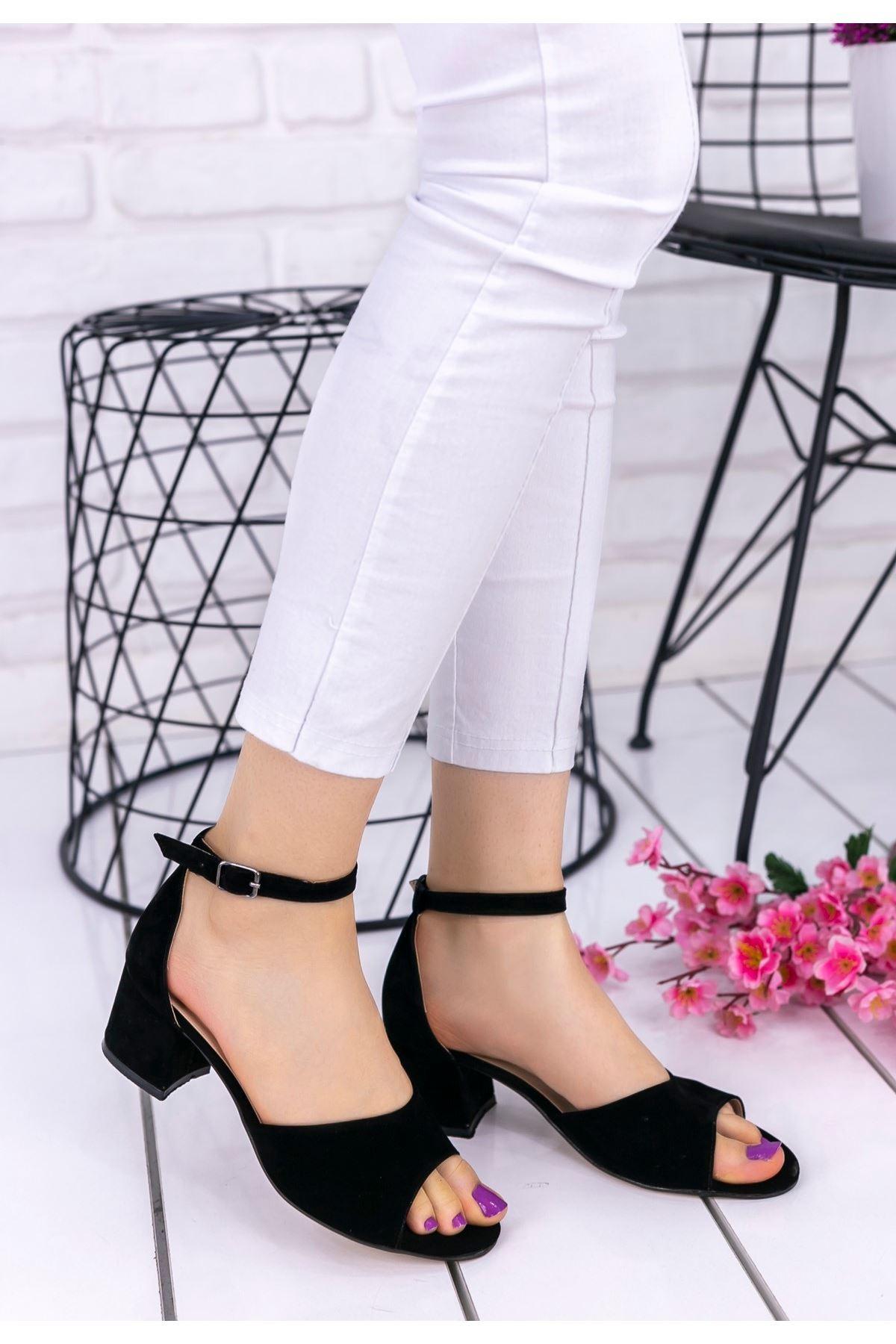 Magiy Siyah Süet Topuklu Ayakkabı
