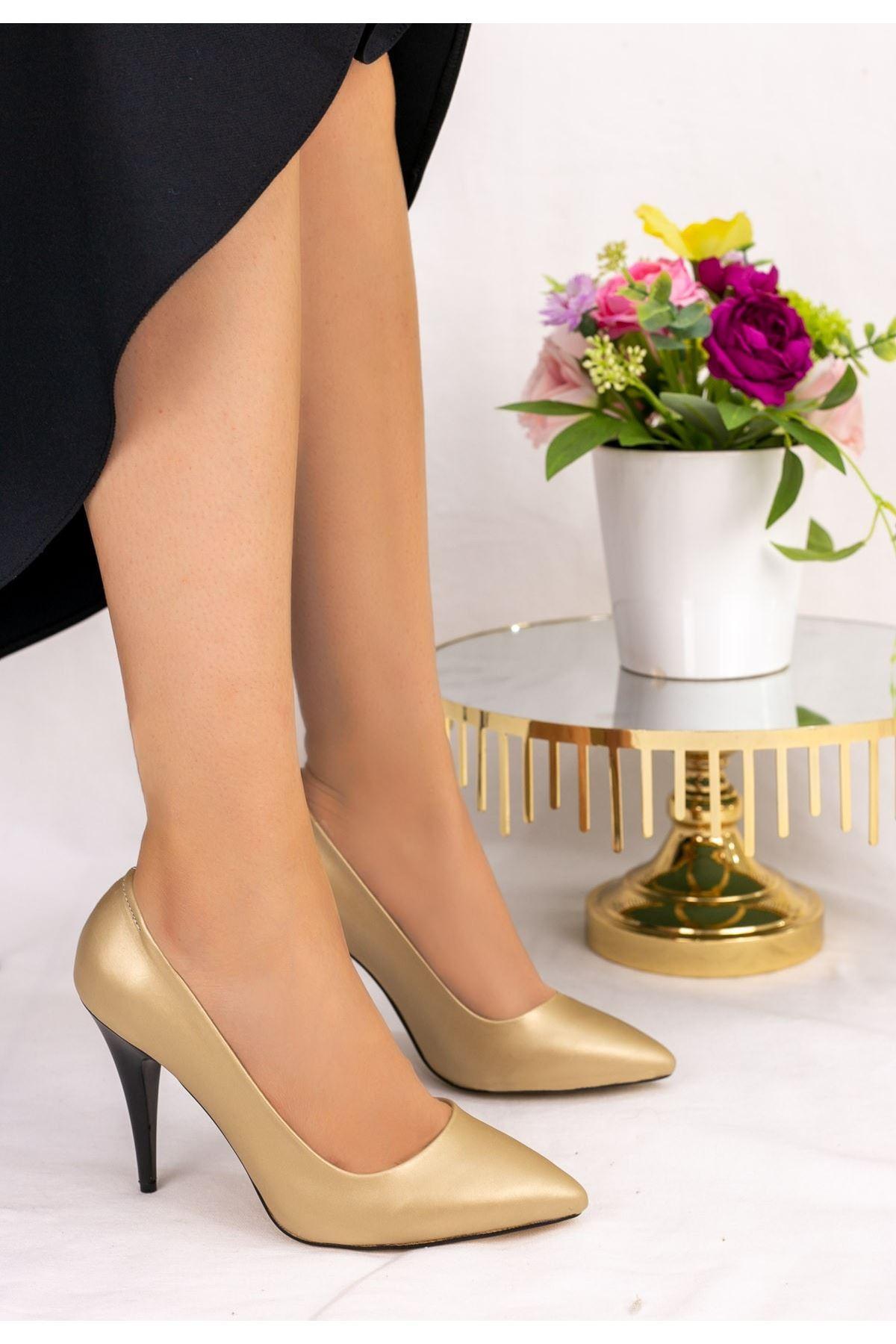 Revaxi Rose Cilt Stiletto Ayakkabı