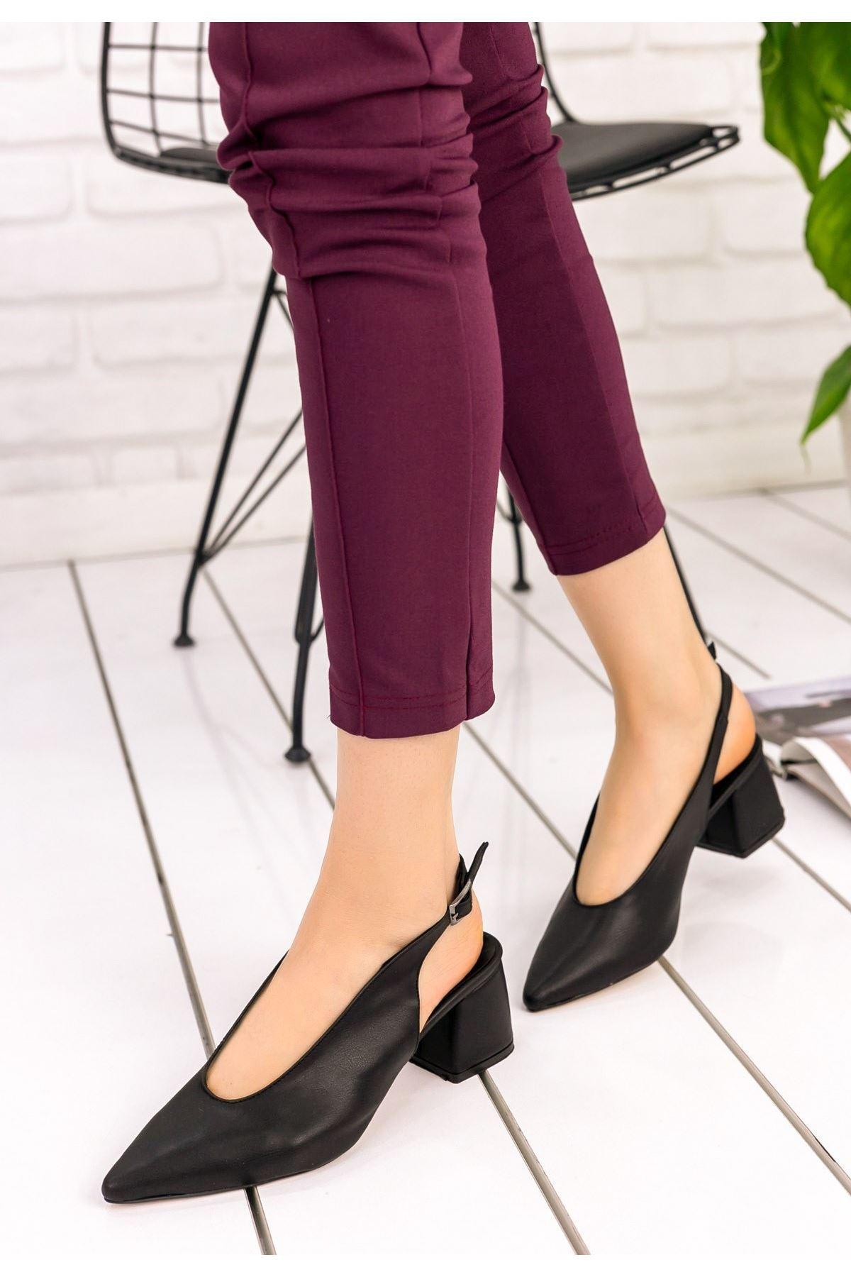 Fawn Siyah Topuklu Ayakkabı