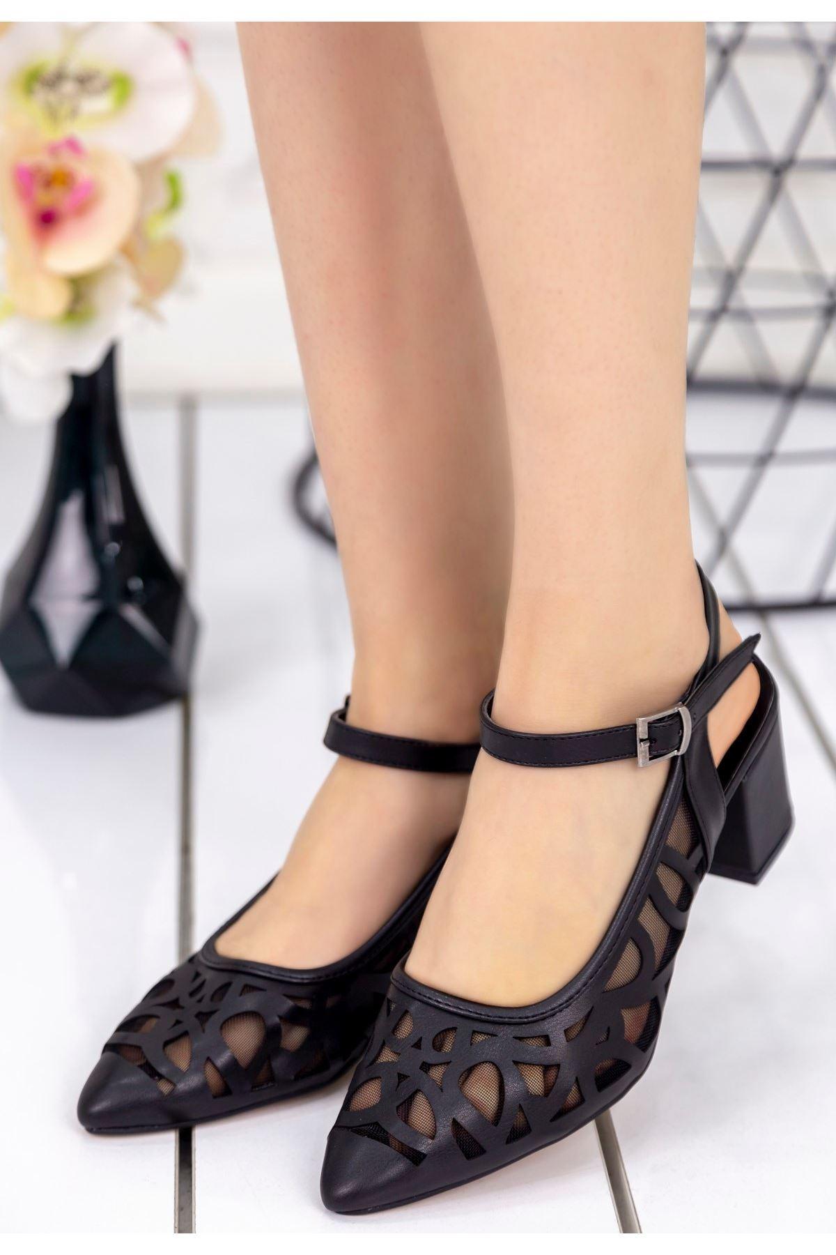 Zelene Siyah Cilt Topuklu Ayakkabı