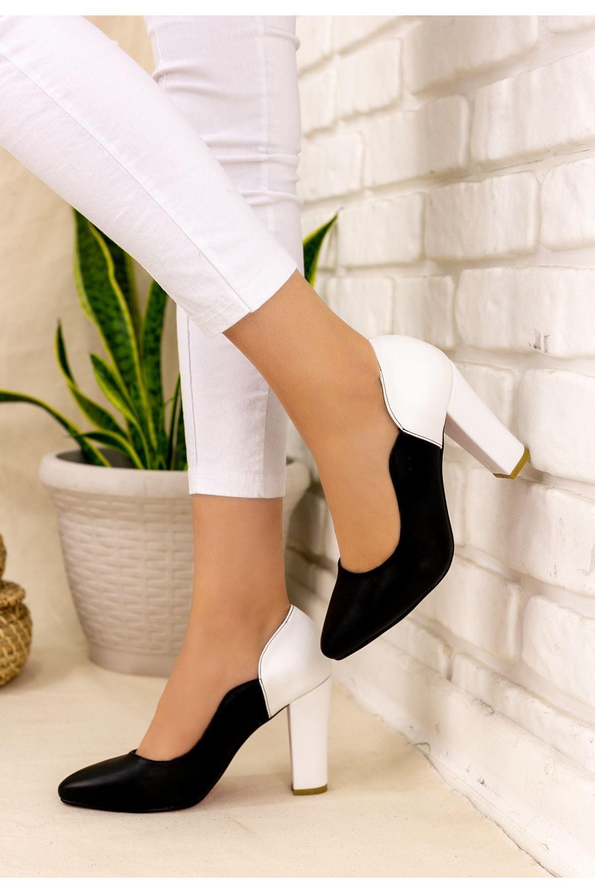 İlene Siyah Cilt Beyaz Topuklu Ayakkabı