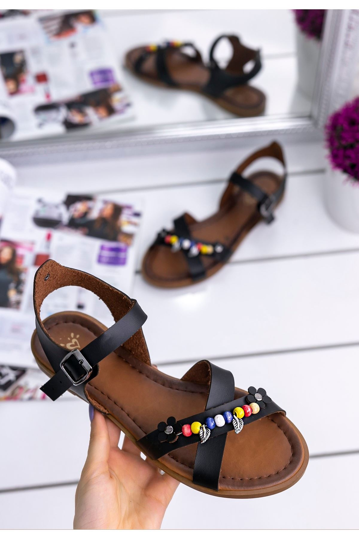 Tammi Siyah Cilt Sandalet