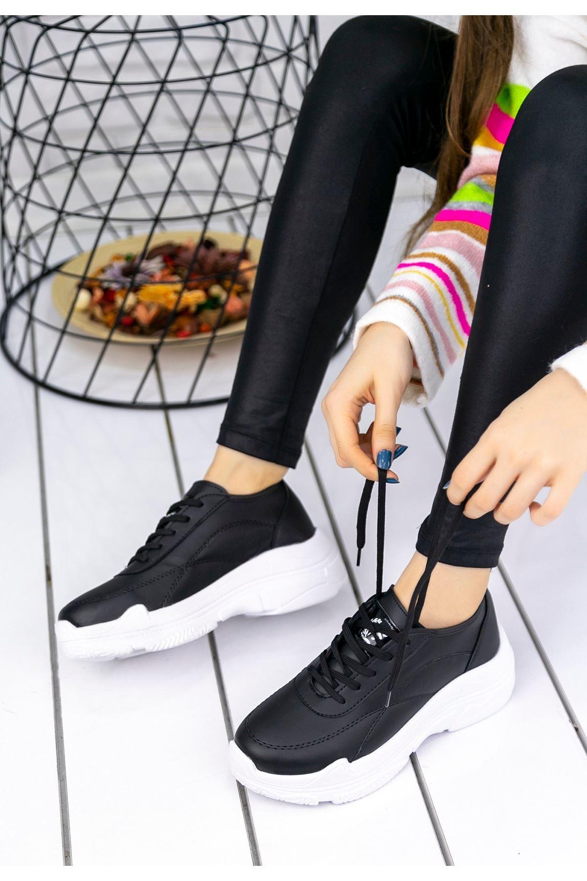 Jare Siyah Cilt Beyaz Tabanlı Spor Ayakkabı