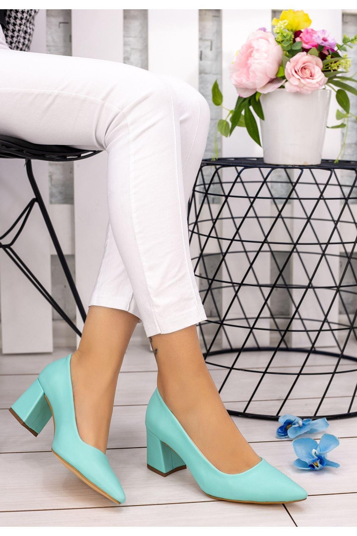 Manina Su Yeşili Cilt Topuklu Ayakkabı