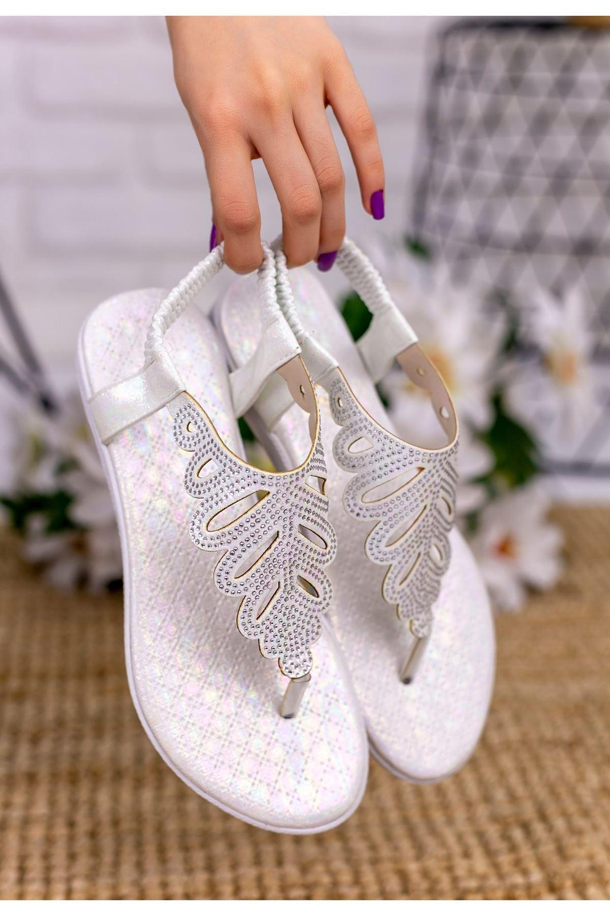 Brai Beyaz Cilt Sandalet