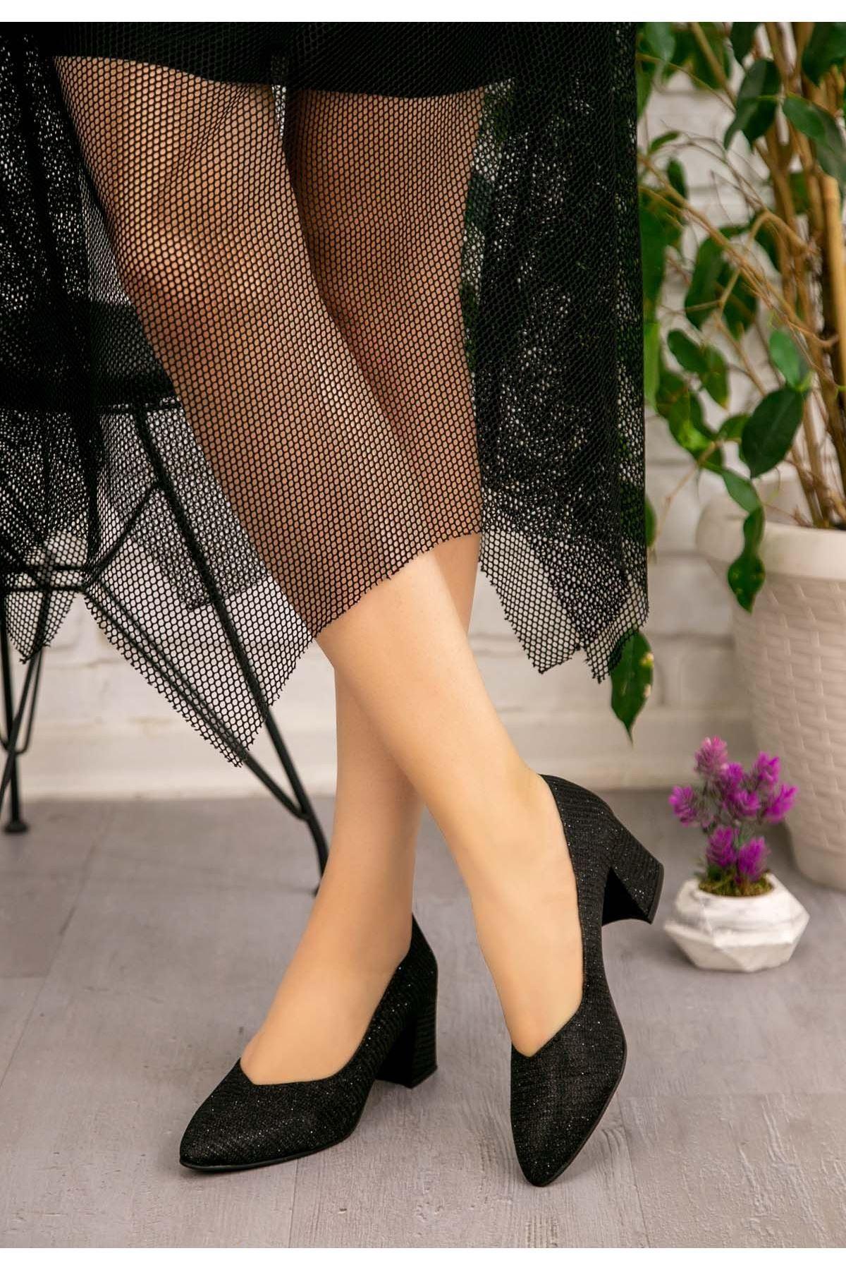 Tammy Siyah Simli Topuklu Ayakkabı