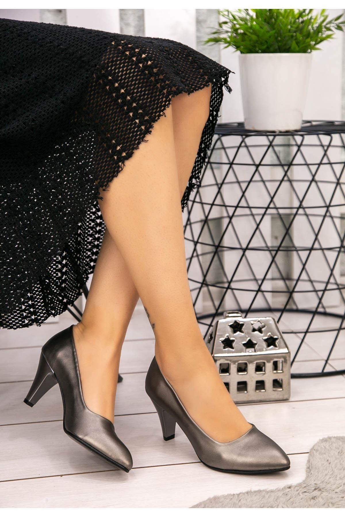Rug Platin Cilt Topuklu Ayakkabı