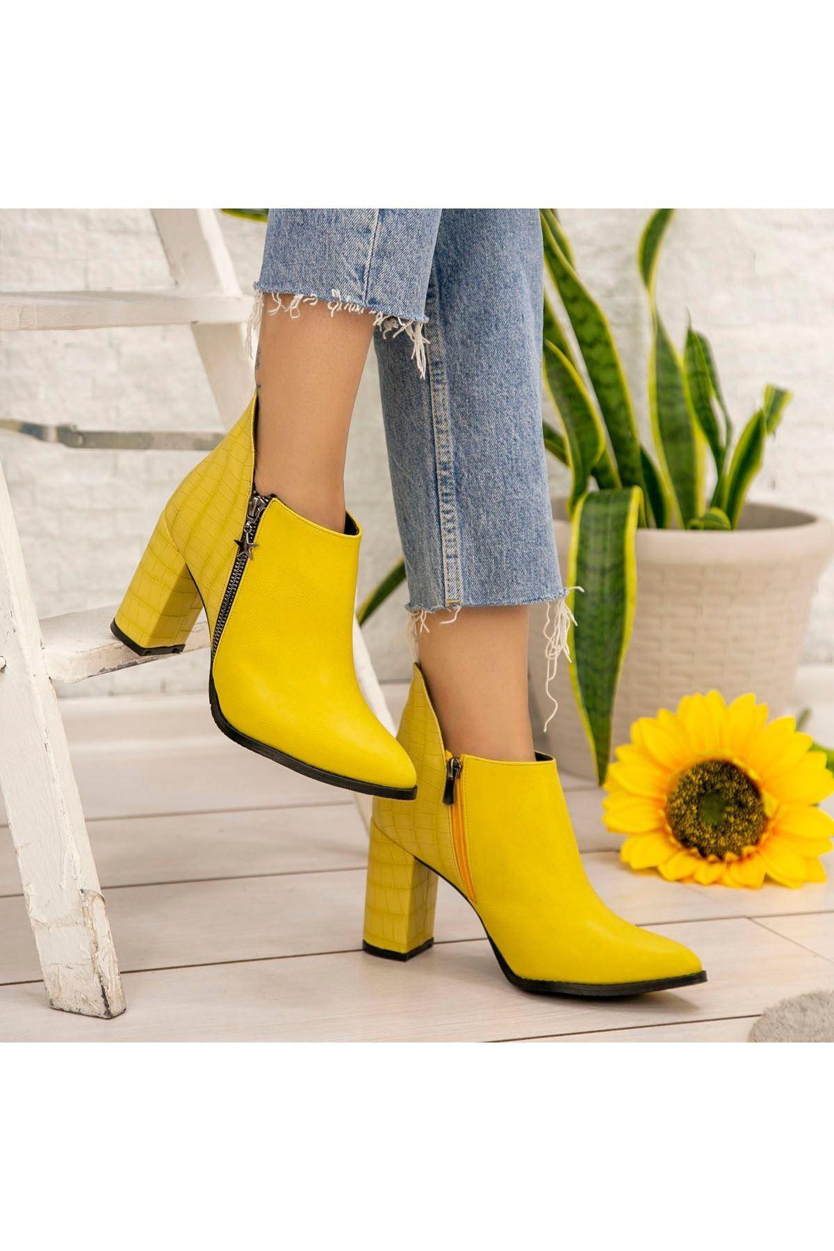 Clarin Sarı Cilt Topuklu Bot