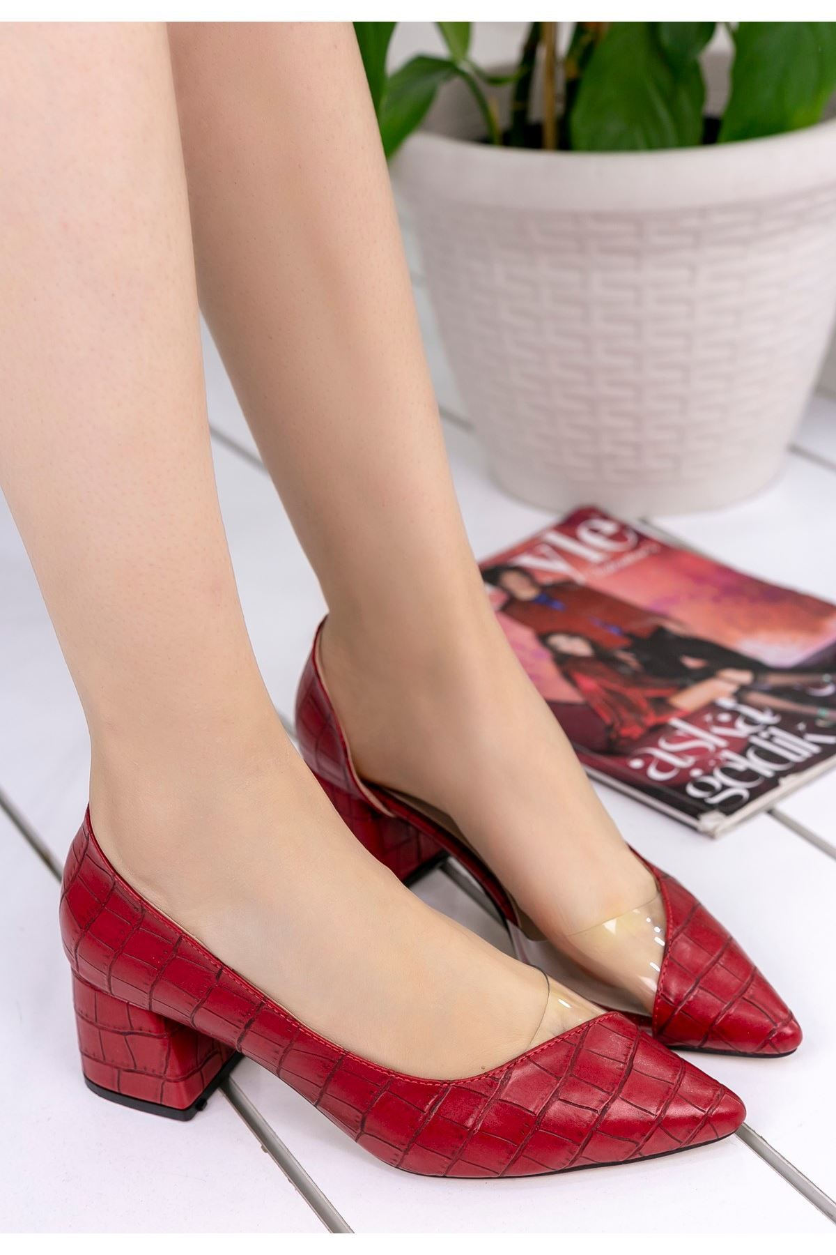 Sibly Kırmızı Cilt Desenli Topuklu Ayakkabı