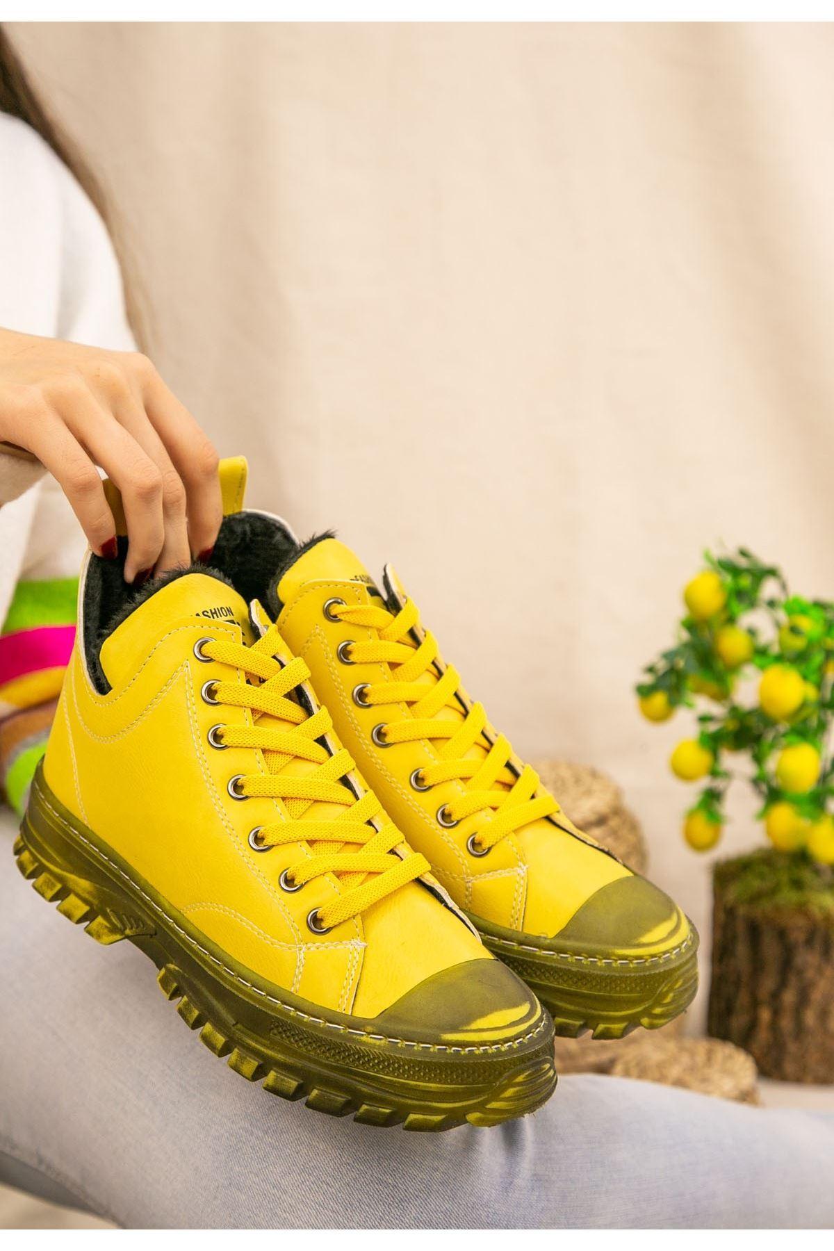 Ewan Sarı Cilt Bağcıklı Bot