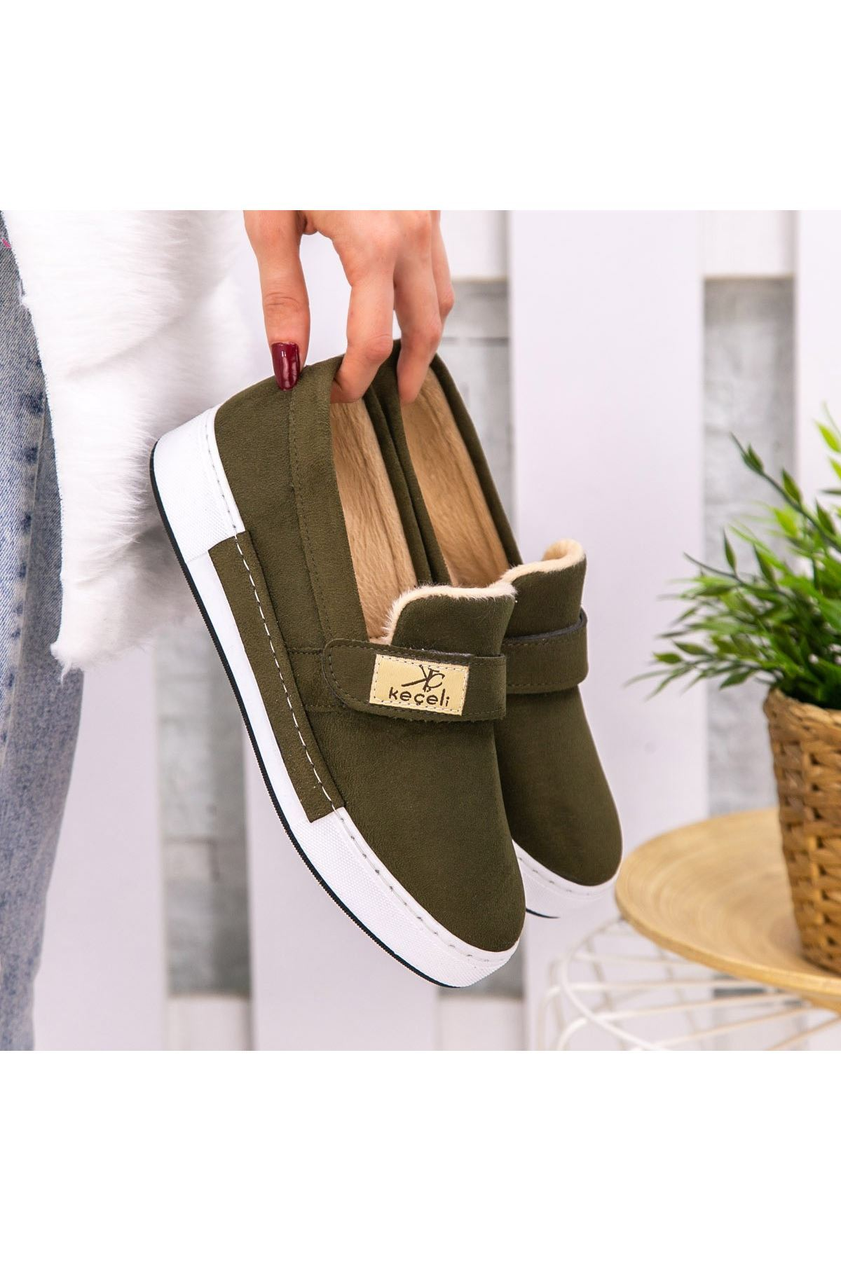 Verni Haki Yeşil Süer Babet Ayakkabı