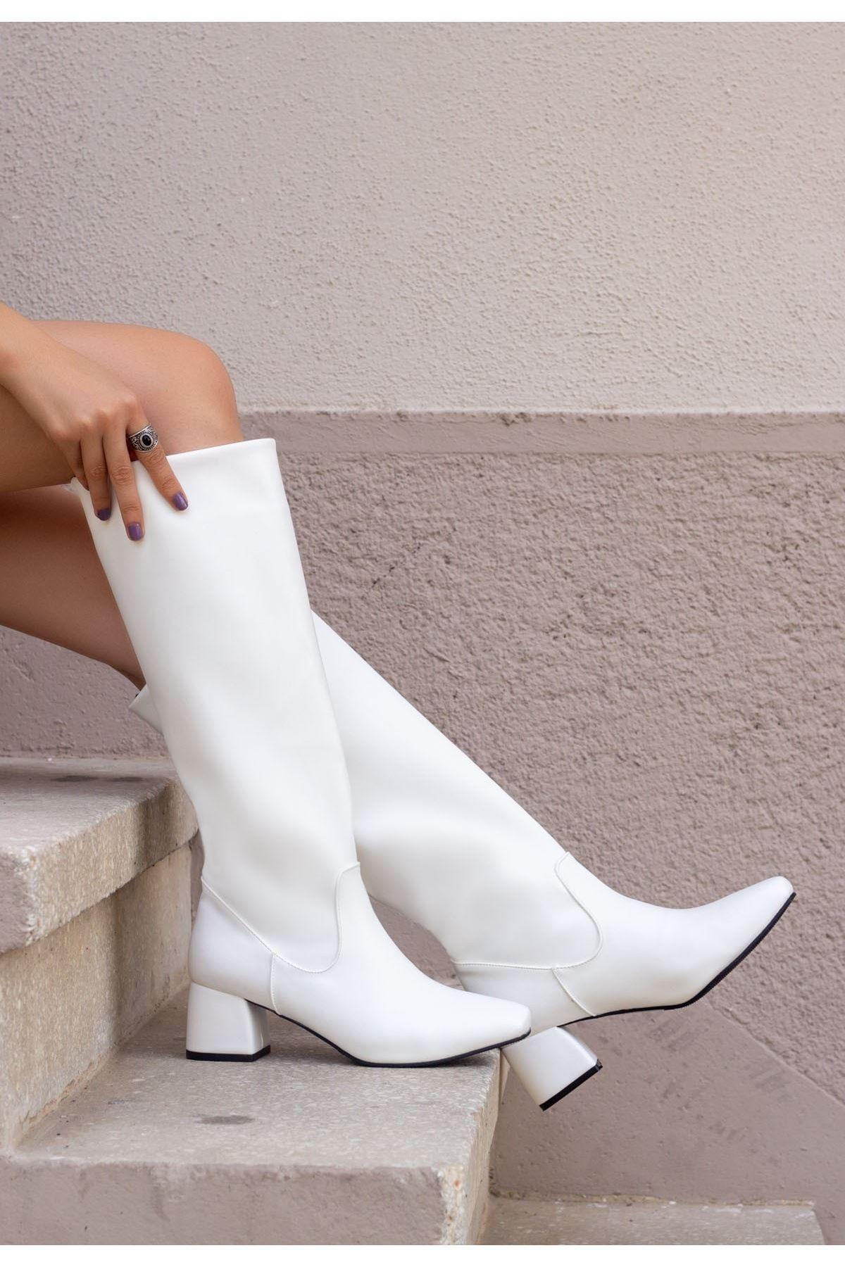 Taya Beyaz Cilt Çizme