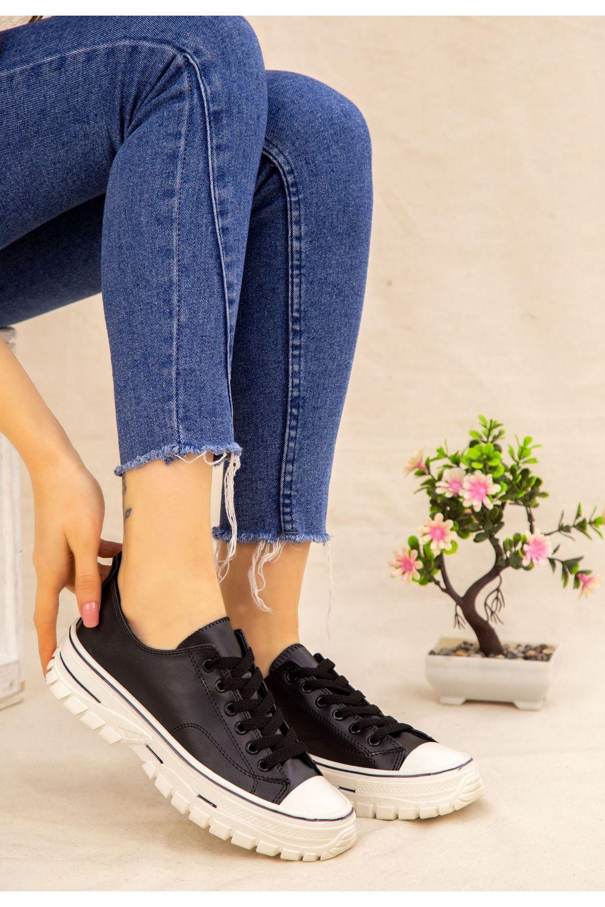 Janexi Siyah Cilt Bağcıklı Spor Ayakkabı