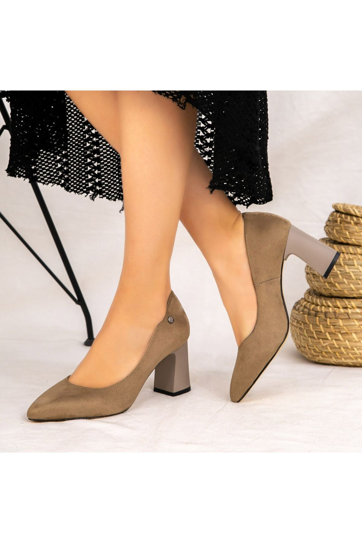 Reni Vizon Süet Topuklu Ayakkabı