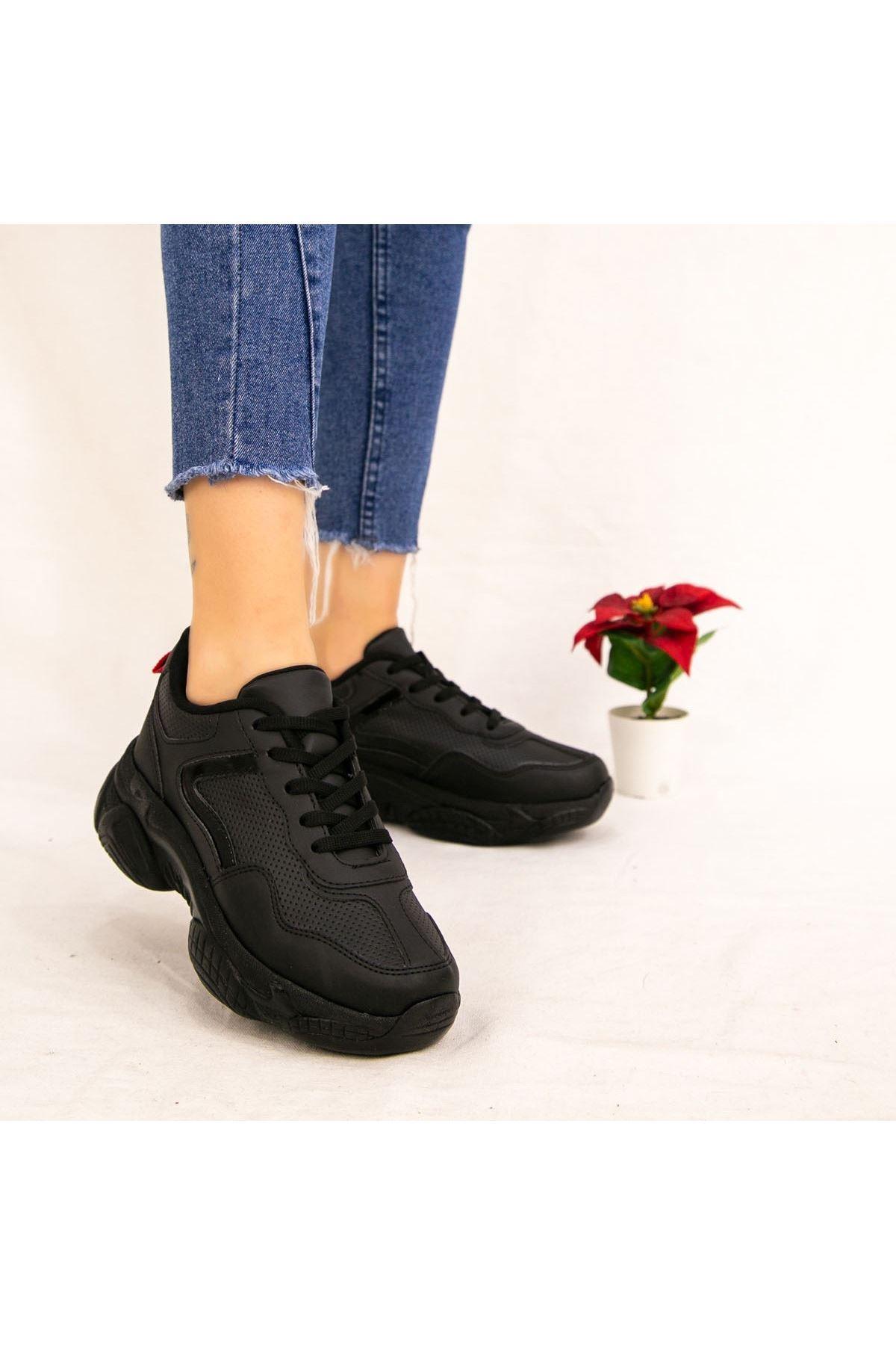 Kavin Siyah Cilt Spor Ayakkabı