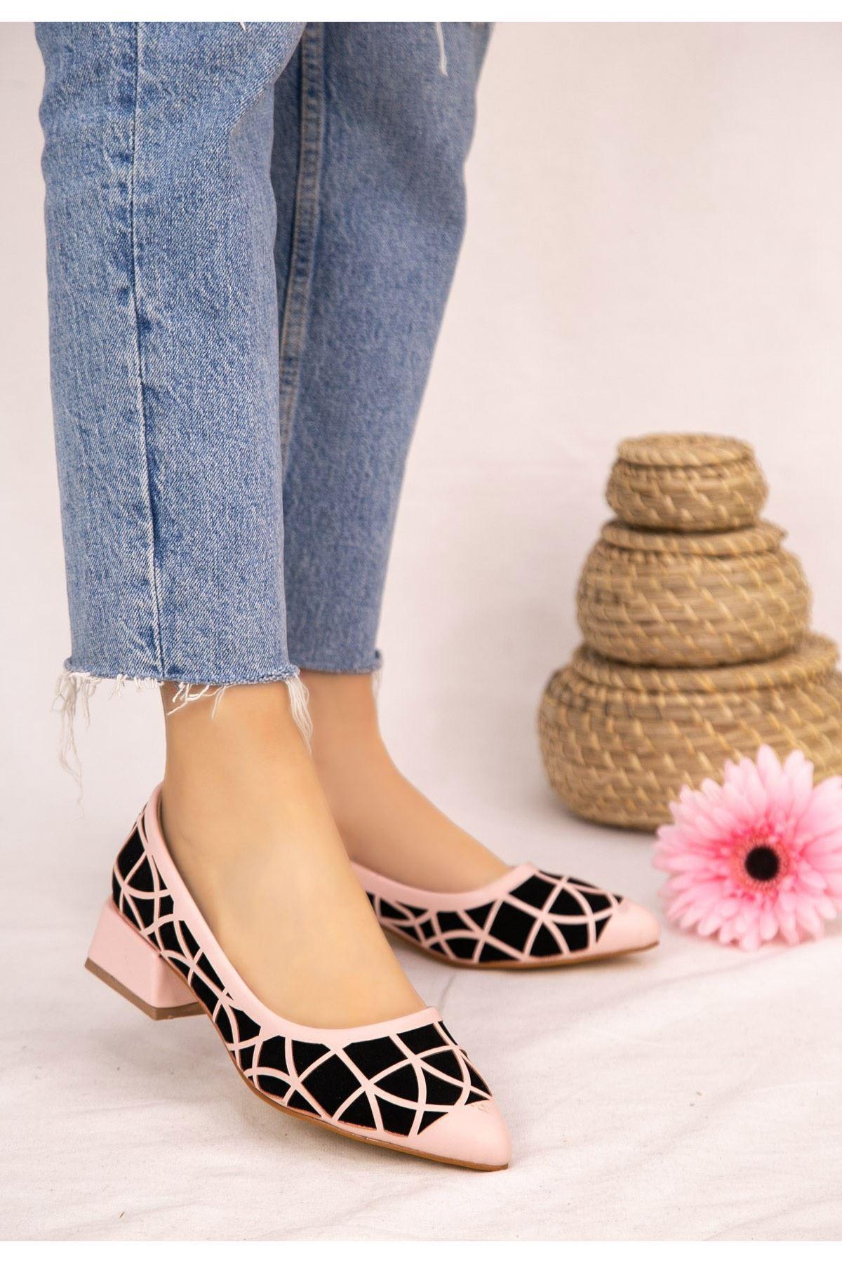 Cesxi Pudra Cilt Siyah Süet Detaylı Ayakkabı