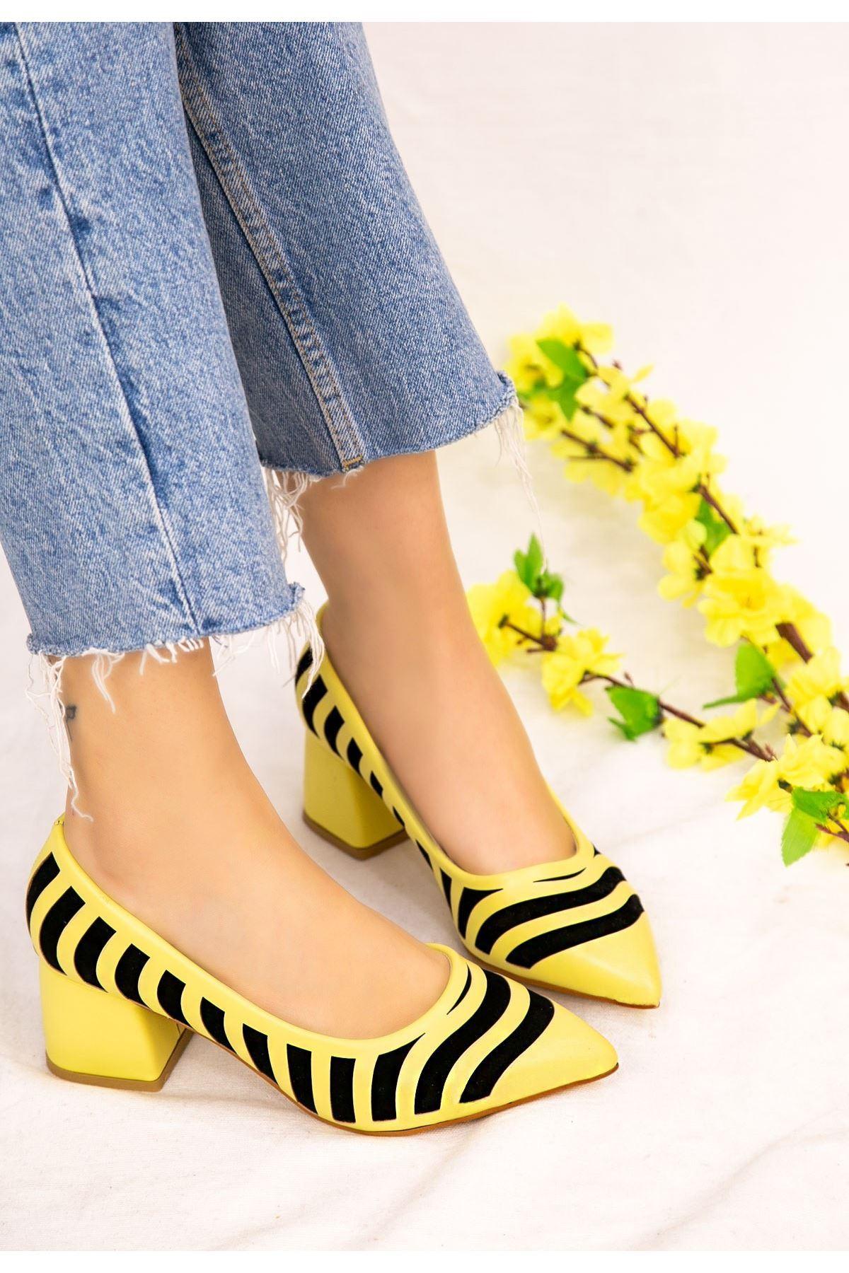 Guld Sarı Cilt Siyah Detaylı Ayakkabı