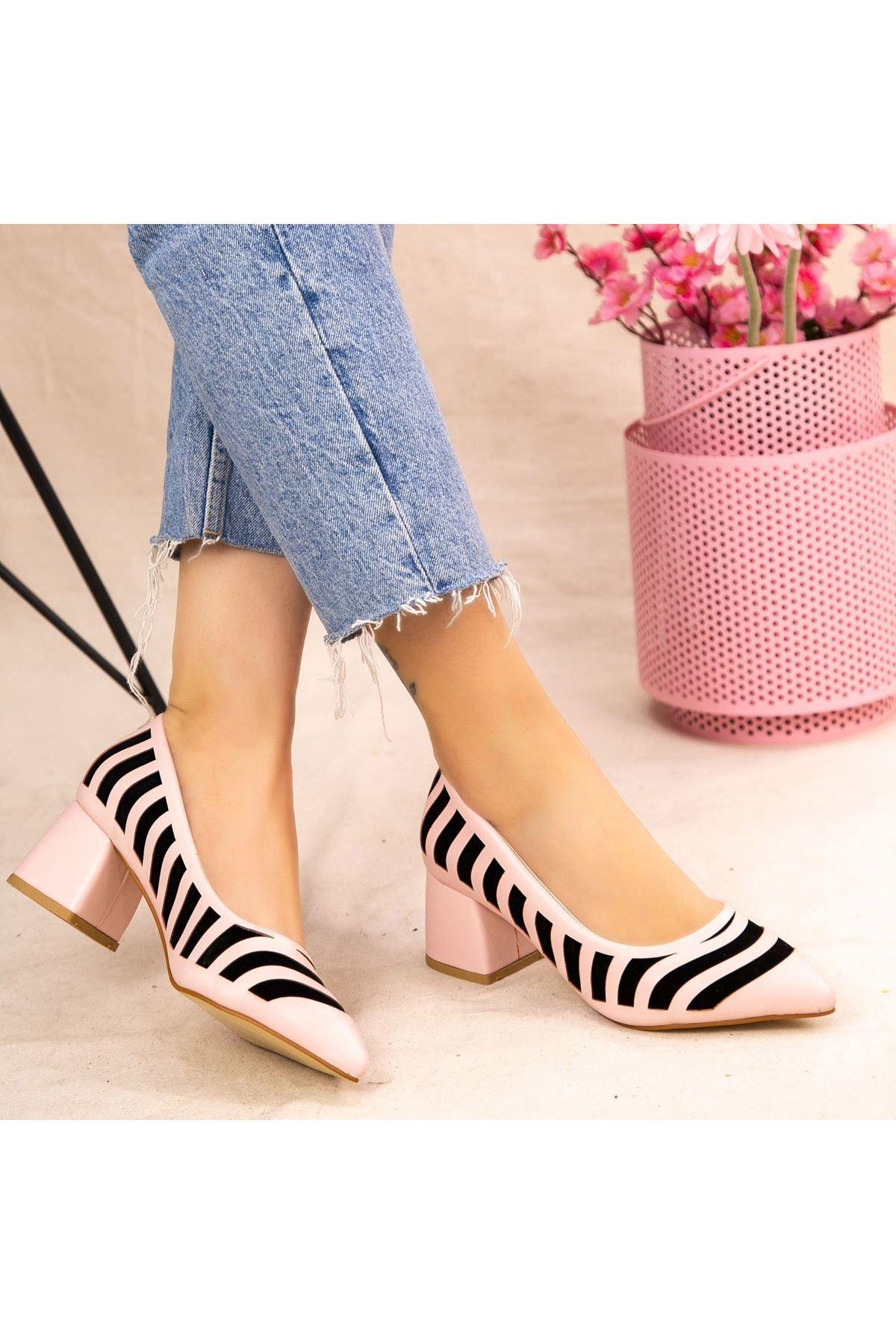 Guld Pudra Cilt Siyah Detaylı Ayakkabı