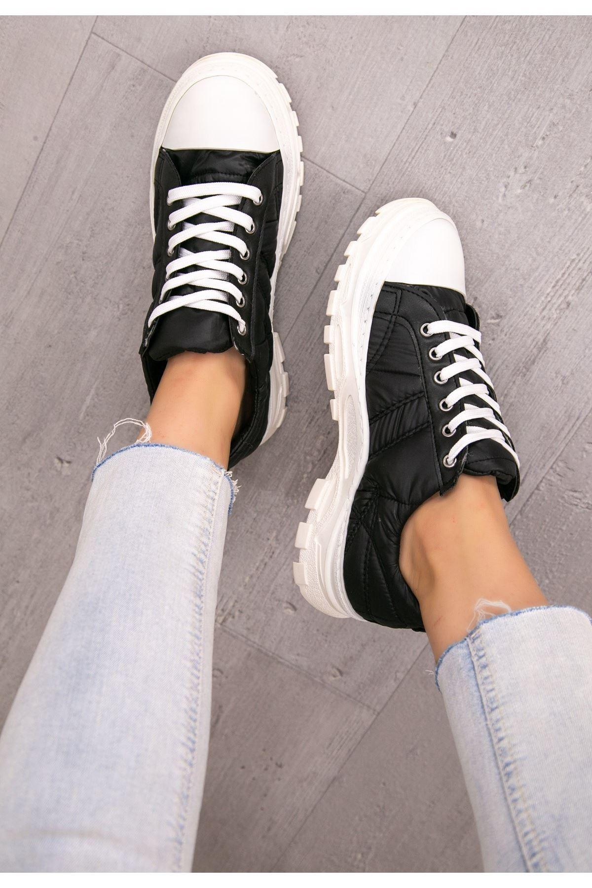 Robet Siyah Bağcıklı Spor Ayakkabı