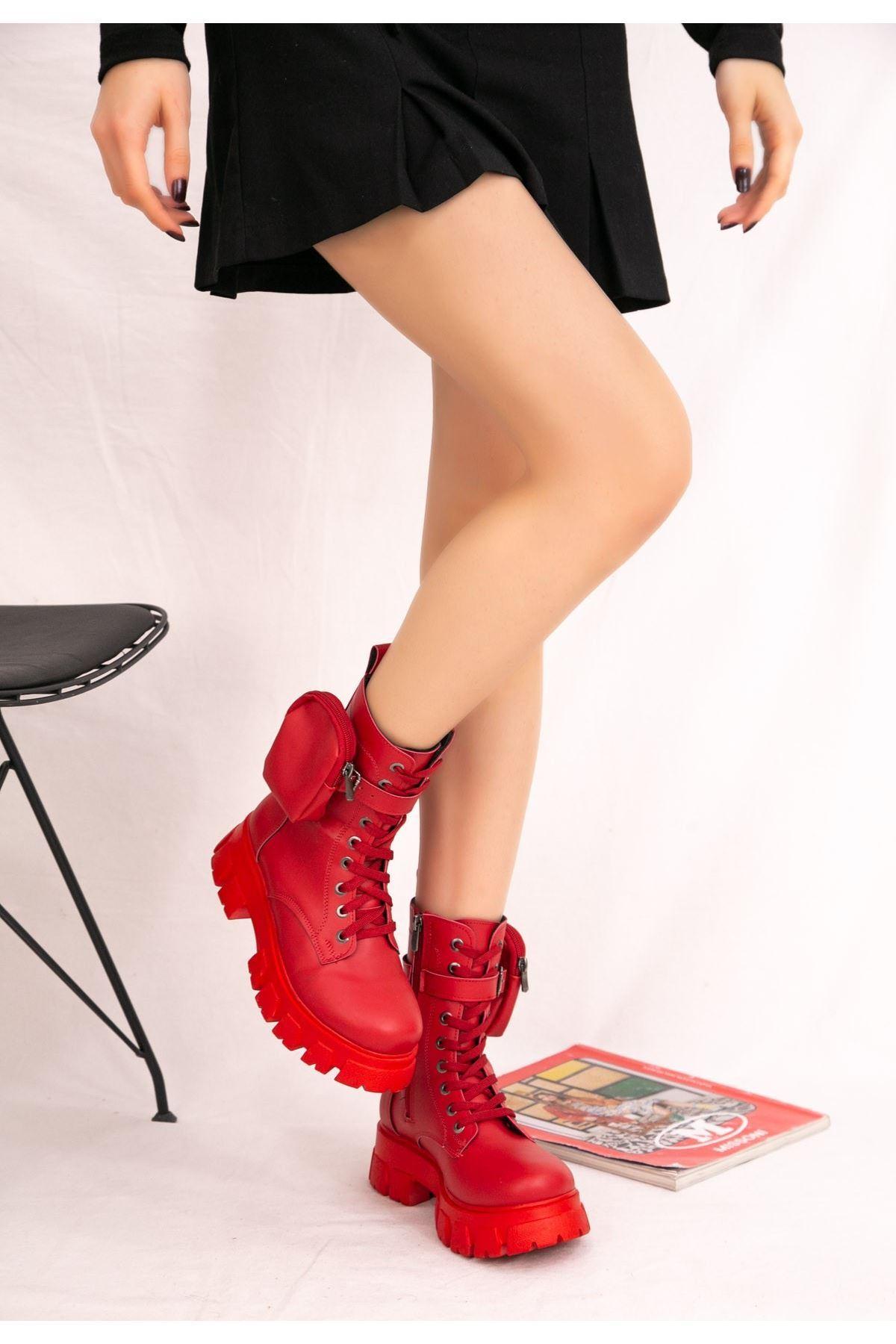 Alexis Kırmızı Cilt Bot