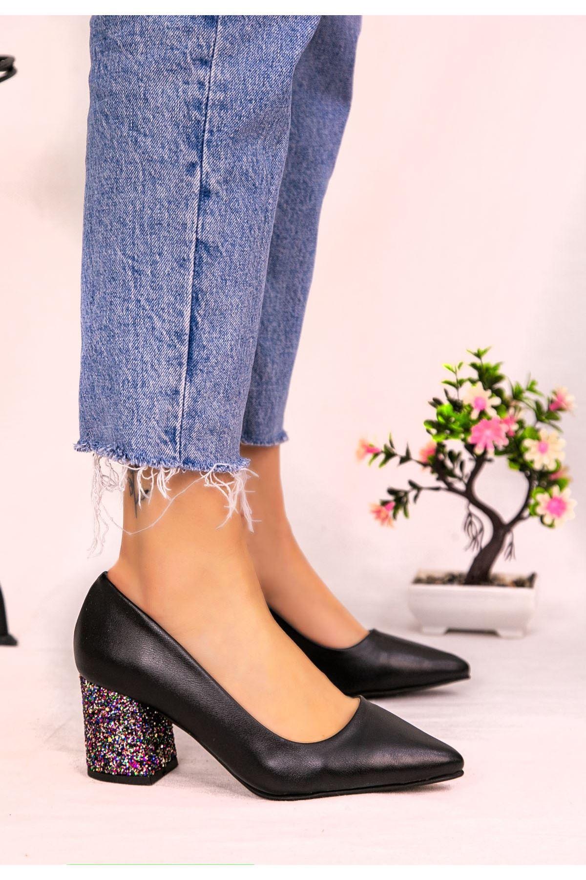 Dilla Siyah Cilt Kırmızı Simli Topuklu Ayakkabı