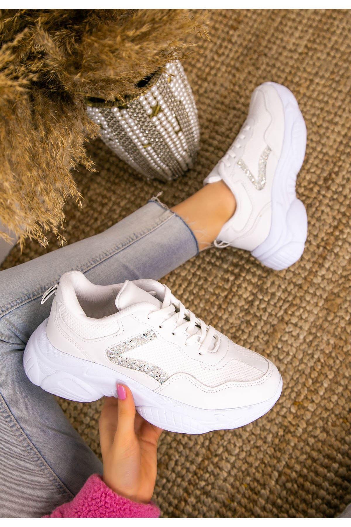 Jomox Beyaz Cilt Gümüş Sim Detaylı Spor Ayakkabı