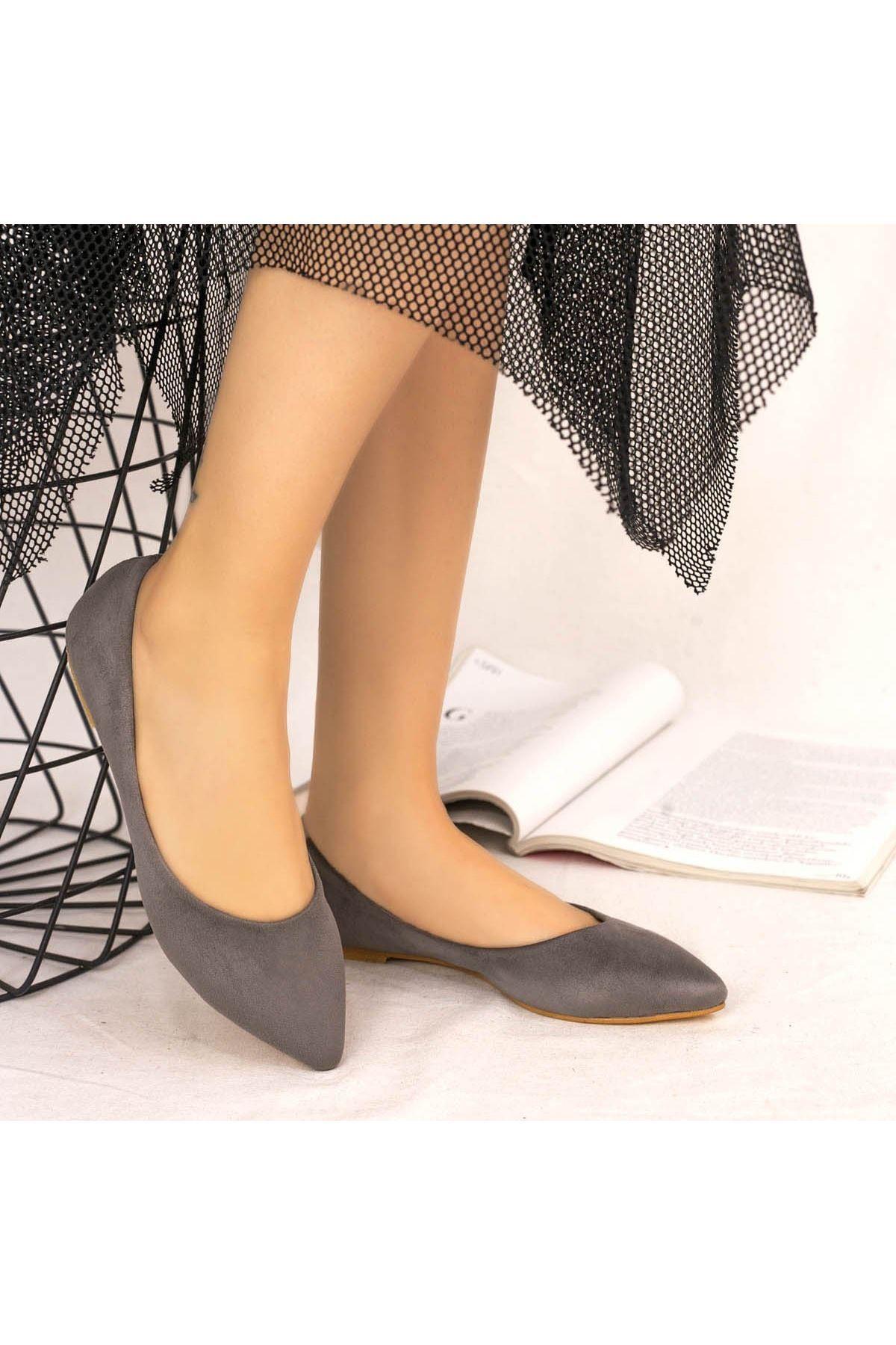 Vidi Gri Süet Babet Ayakkabı