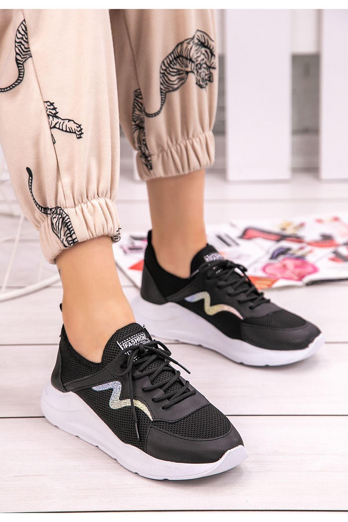 Acri Siyah Cilt Bağcıklı Spor Ayakkabı