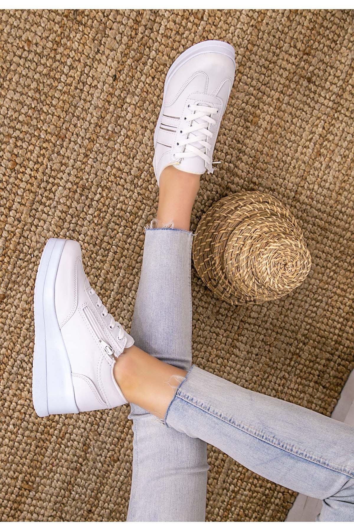 Warm Beyaz Cilt Gümüş Şeritli Spor Ayakkabı