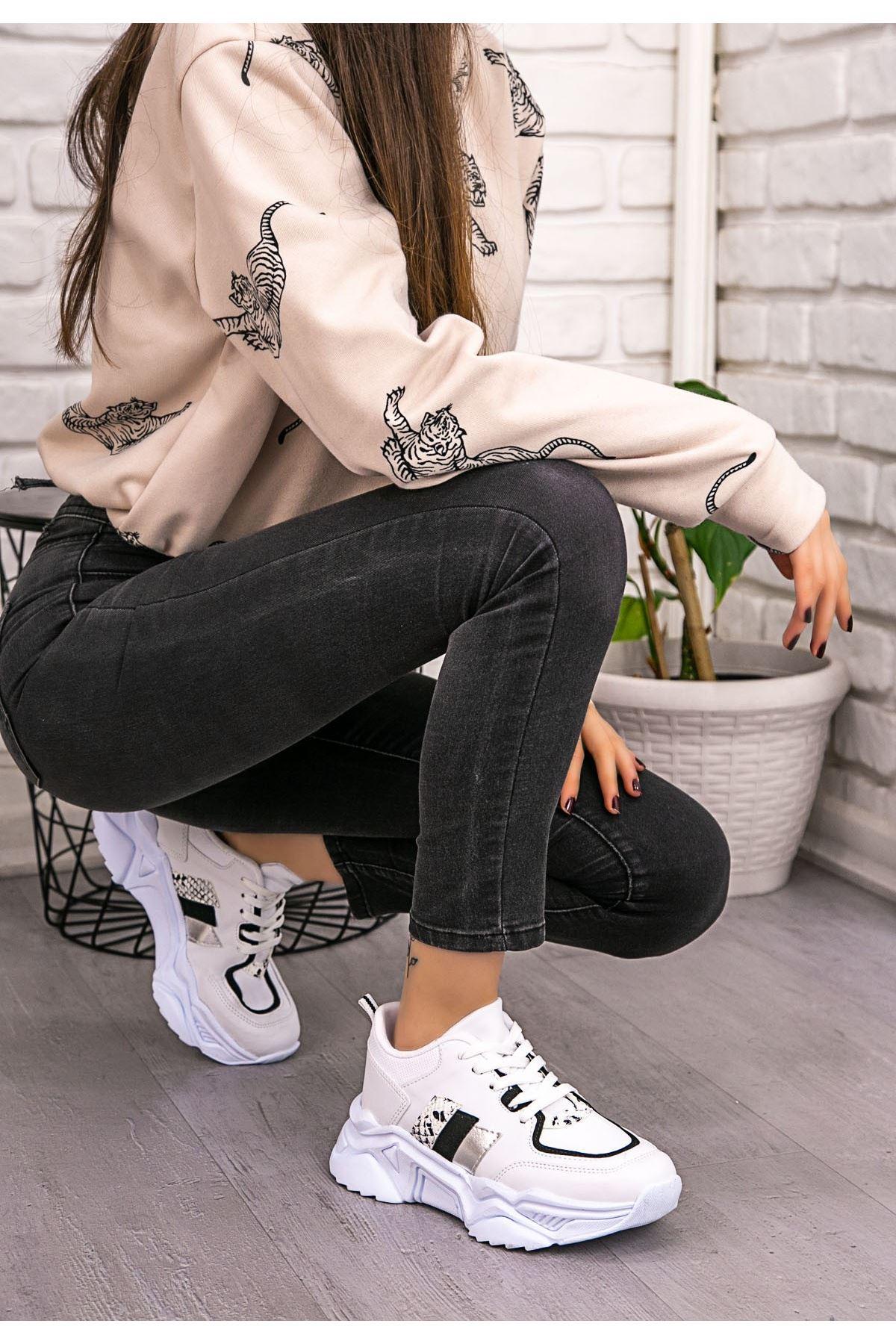 Guldy Beyaz Cilt Siyah Detaylı Ayakkabı