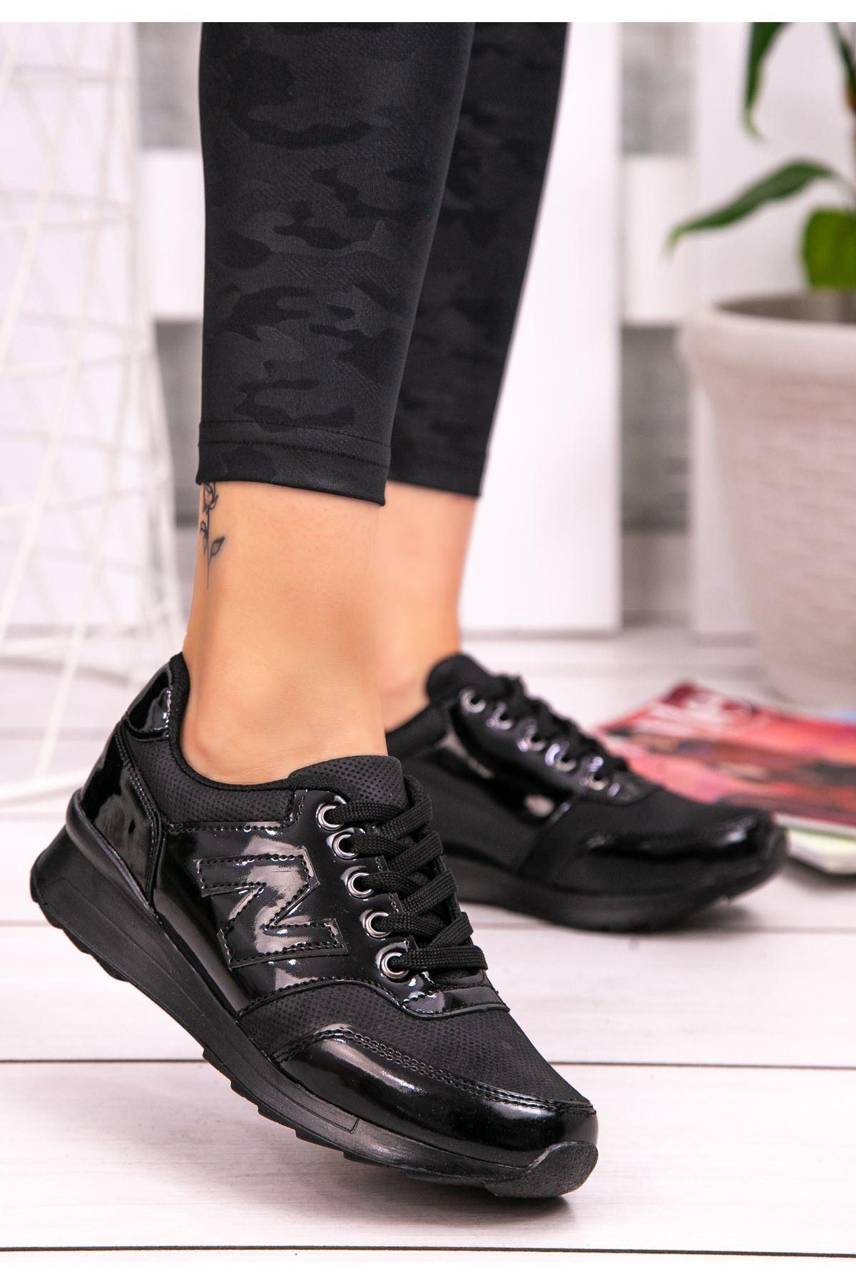 Serc Siyah Rugan Bağcıklı Spor Ayakkabı