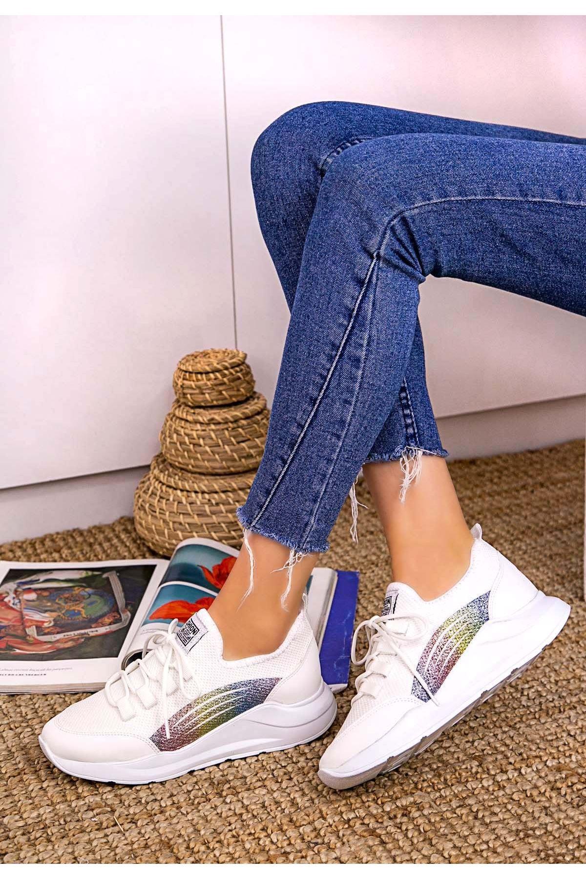 Crid Beyaz Cilt Bağcıklı Spor Ayakkabı