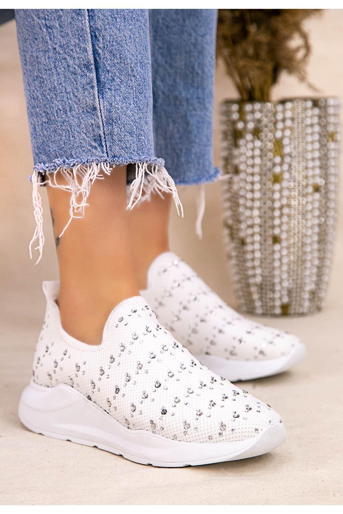 Ejox Beyaz Boncuk İşlemeli Spor Ayakkabı