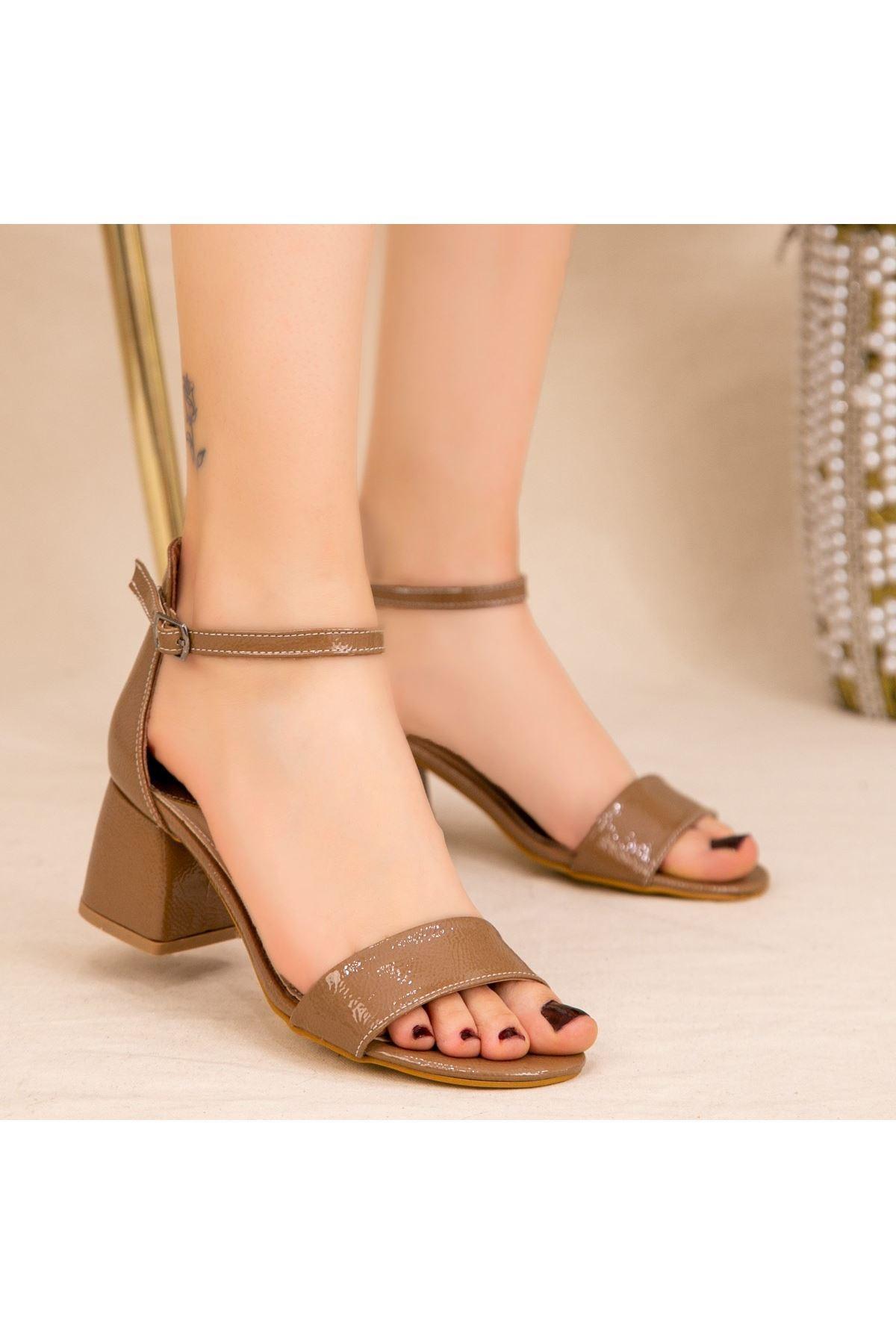 Epon Vizon Rugan Desenli Tek Bant Topuklu Ayakkabı