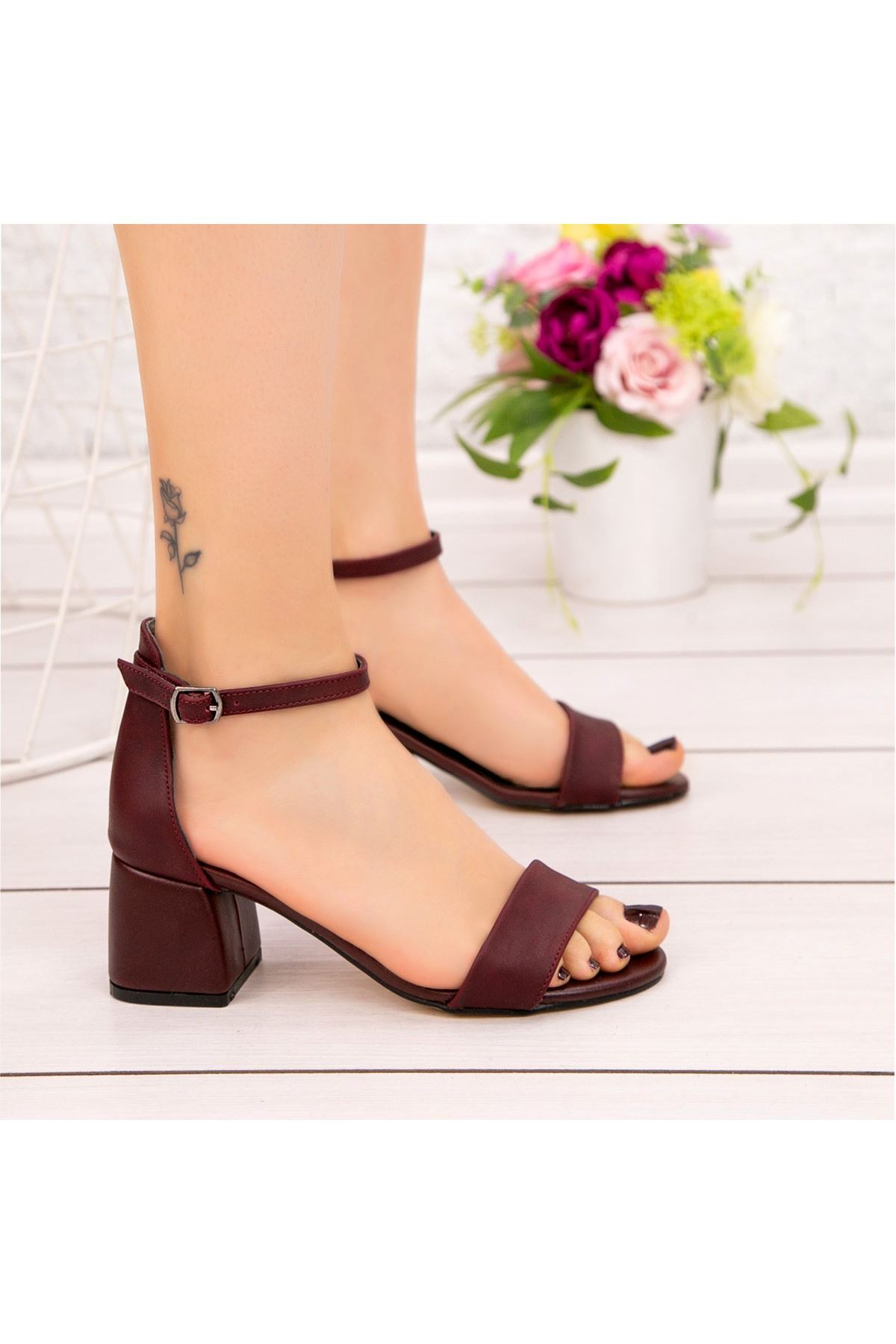 Epon Bordo Cilt Tek Bant Topuklu Ayakkabı