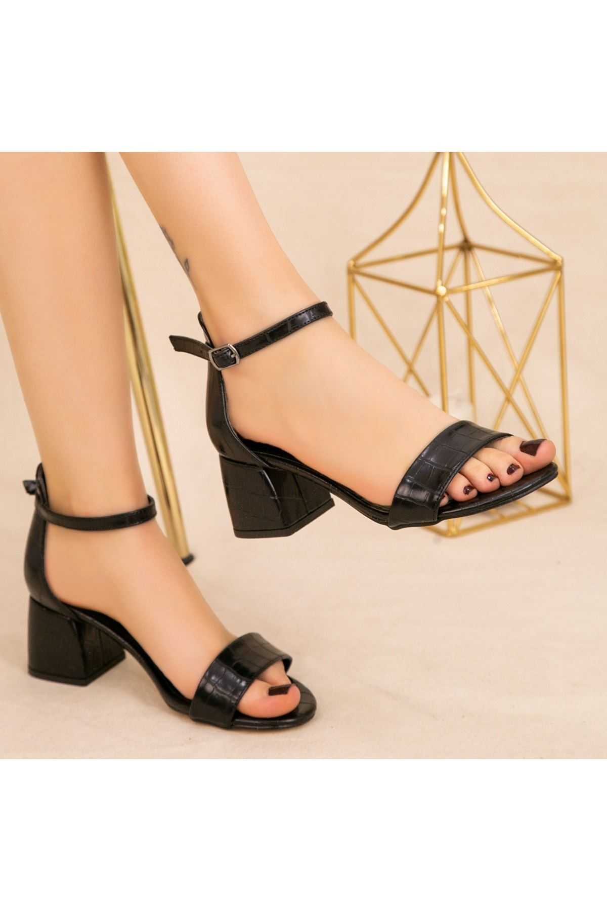 Epon Siyah Cilt Desenli Tek Bant Topuklu Ayakkabı