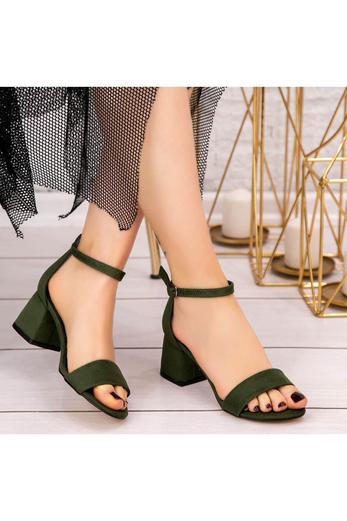 Epon Haki Yeşil Süet Tek Bant Topuklu Ayakkabı