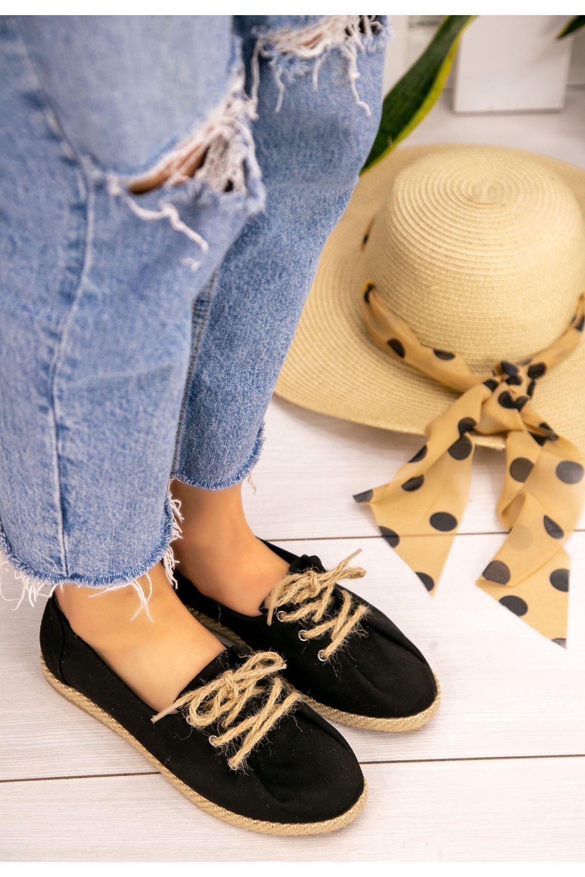 Gara Siyah Süet Bağcıklı Babet Ayakkabı