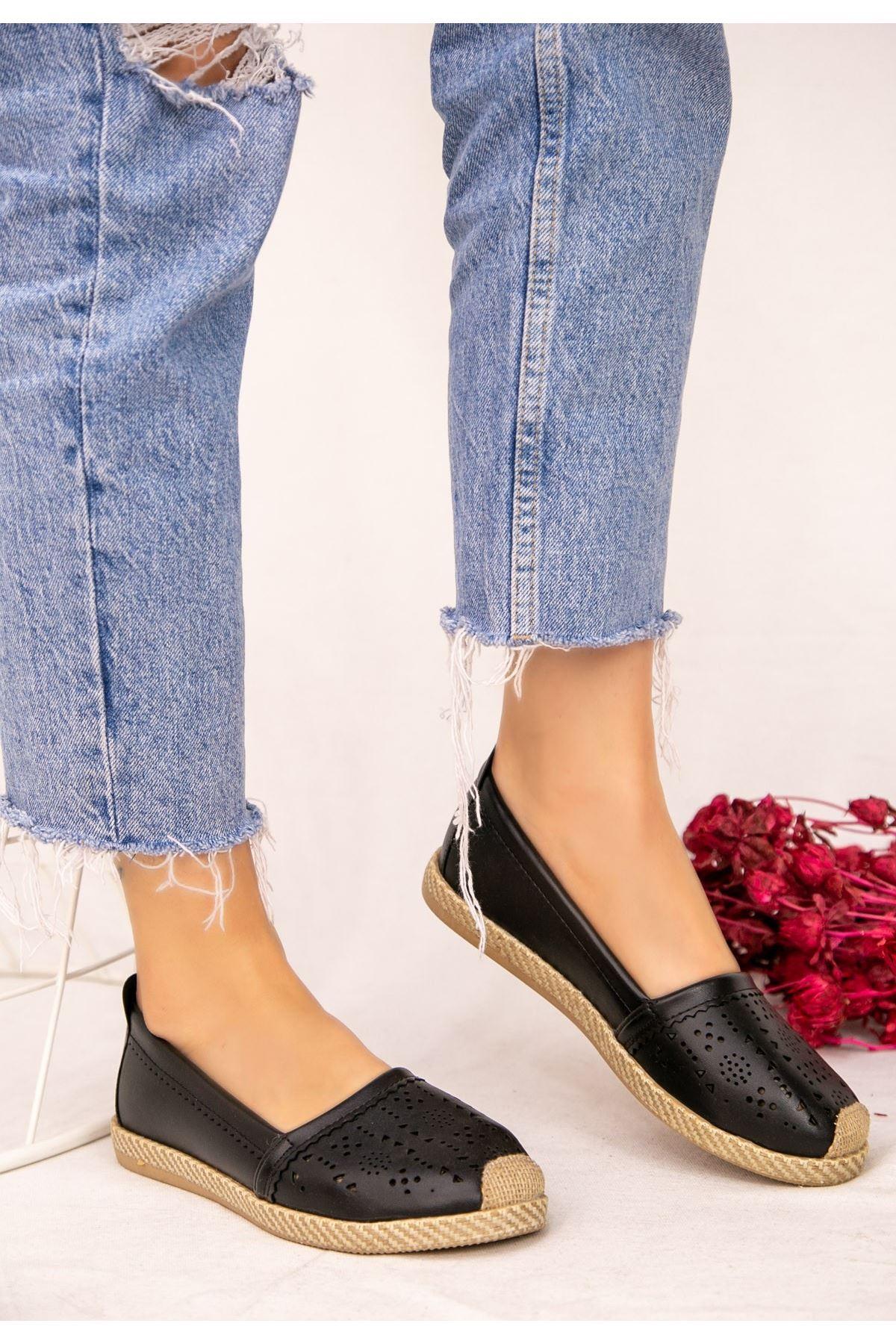 Jilbe Siyah Cilt Babet Ayakkabı