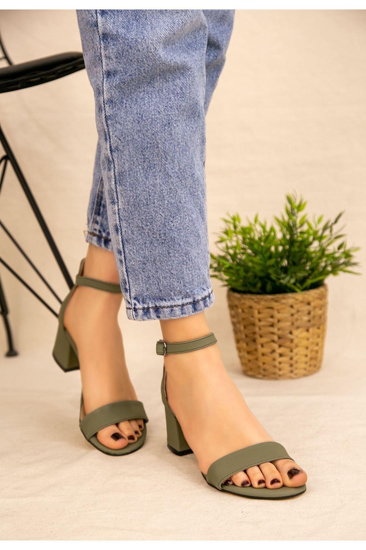 Epon Yeşil Cilt Tek Bant Topuklu Ayakkabı