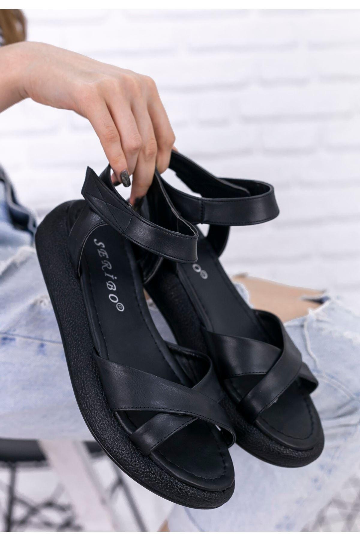 Leahy Siyah Cilt Sandalet