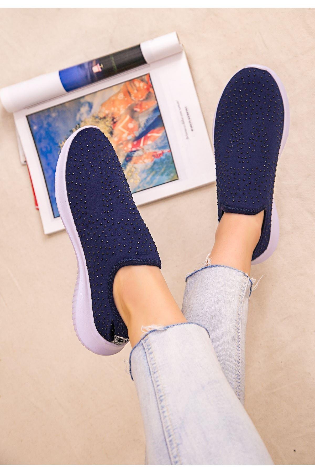Stin Lacivert Boncuk İşlemeli Spor Ayakkabı