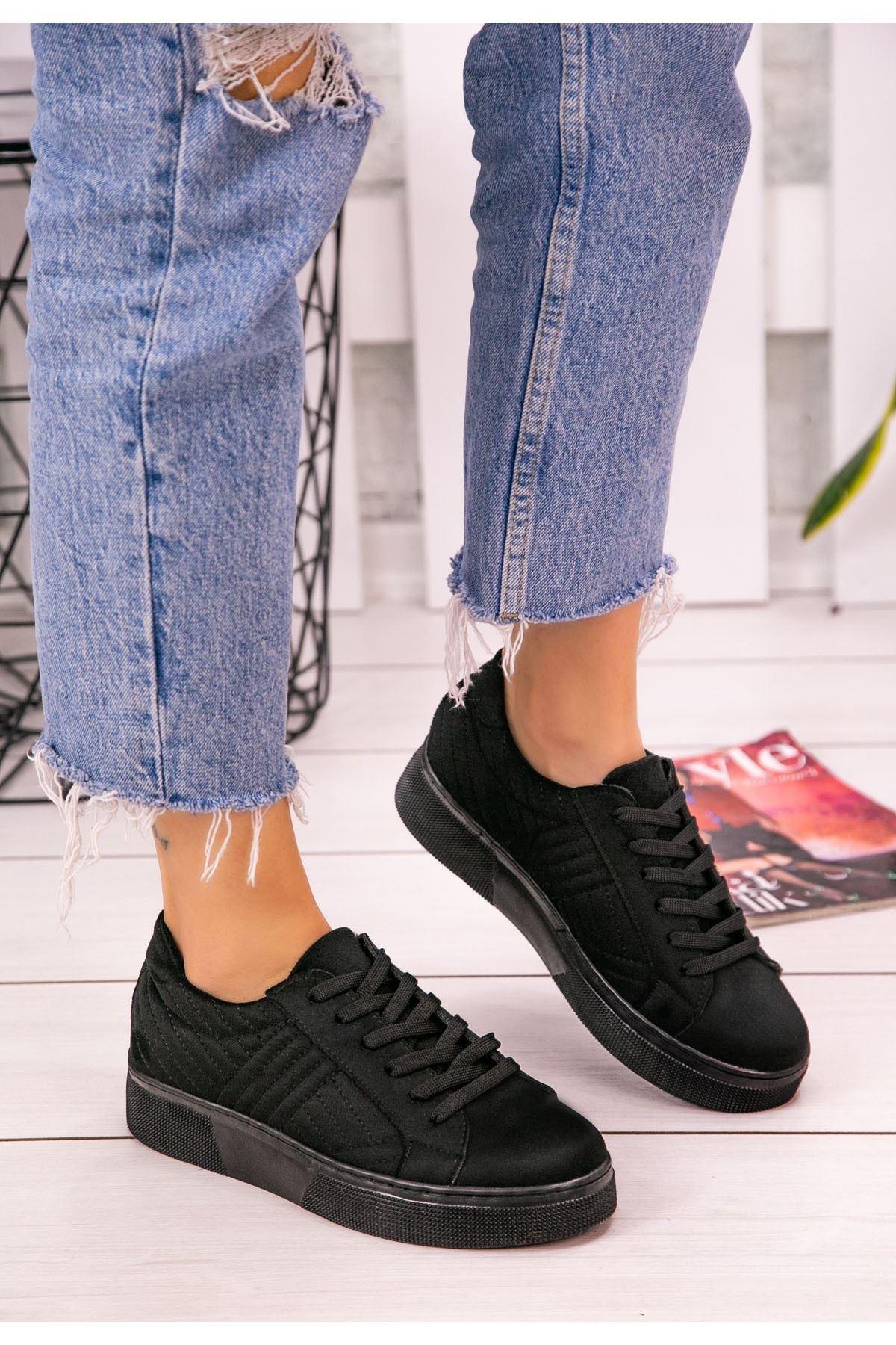 Vika Siyah Süet Bağcıklı Spor Ayakkabı