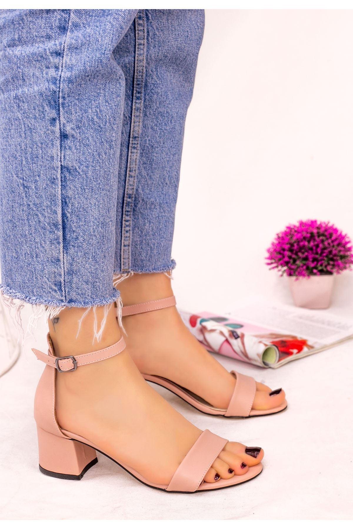 Epon Pudra Cilt Tek Bant Topuklu Ayakkabı