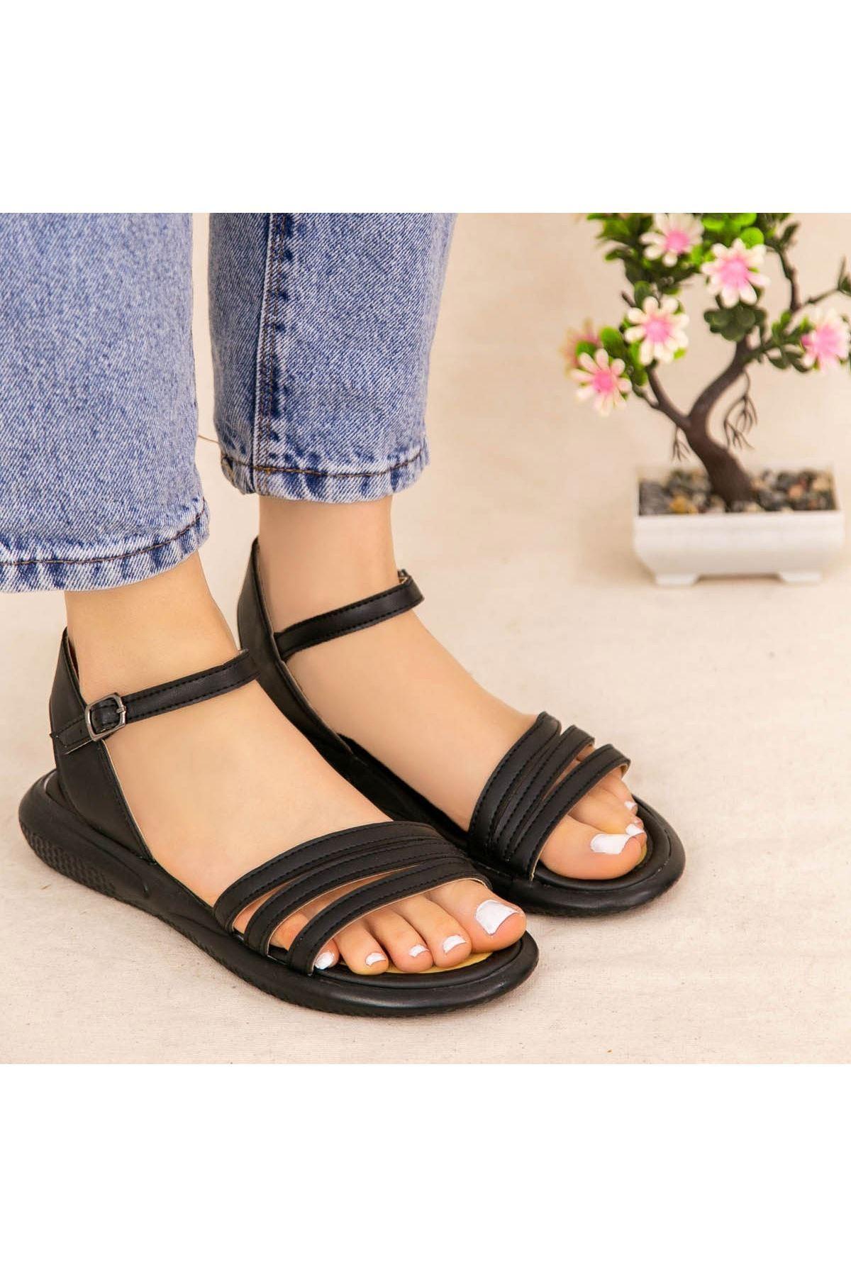 Ermi Siyah Cilt Sandalet