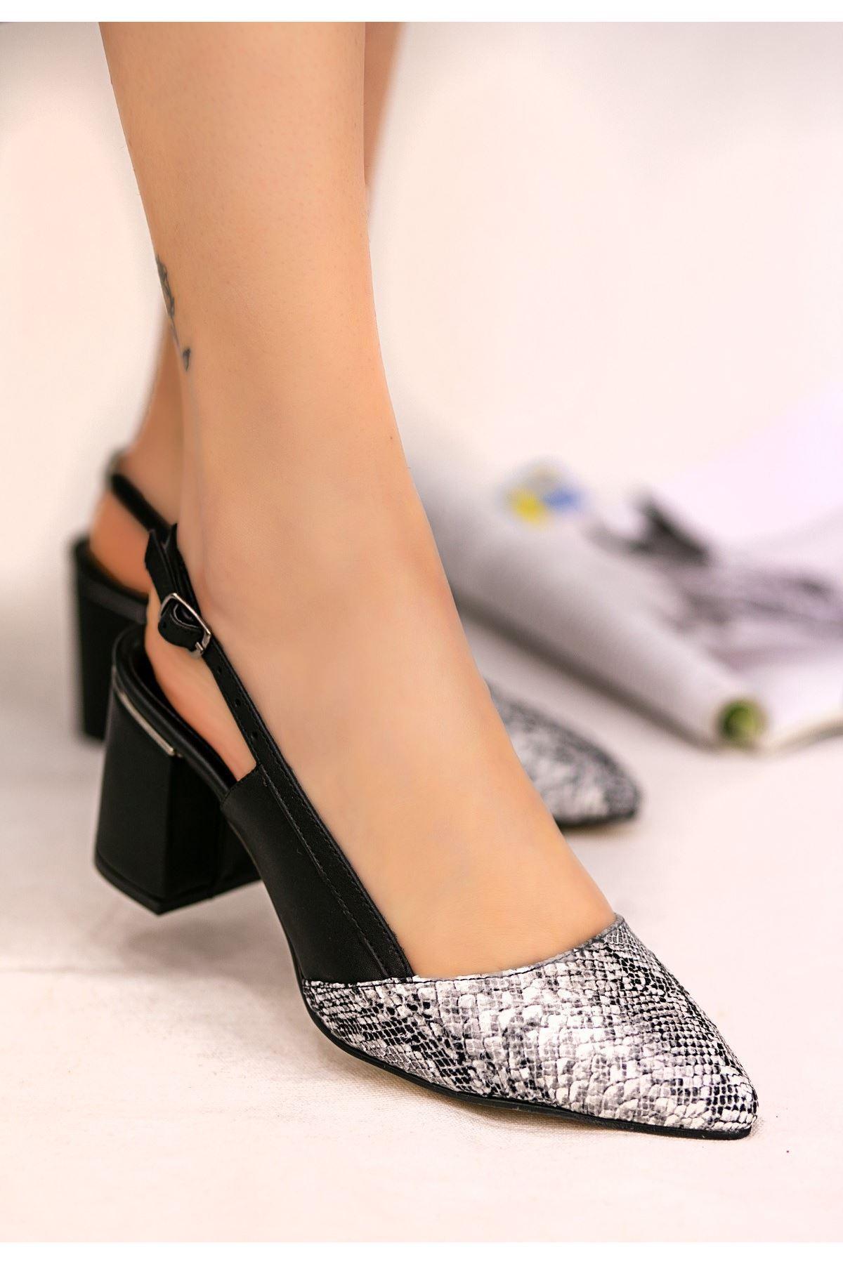 Erno Siyah Cilt Yılan Detaylı Ayakkabı