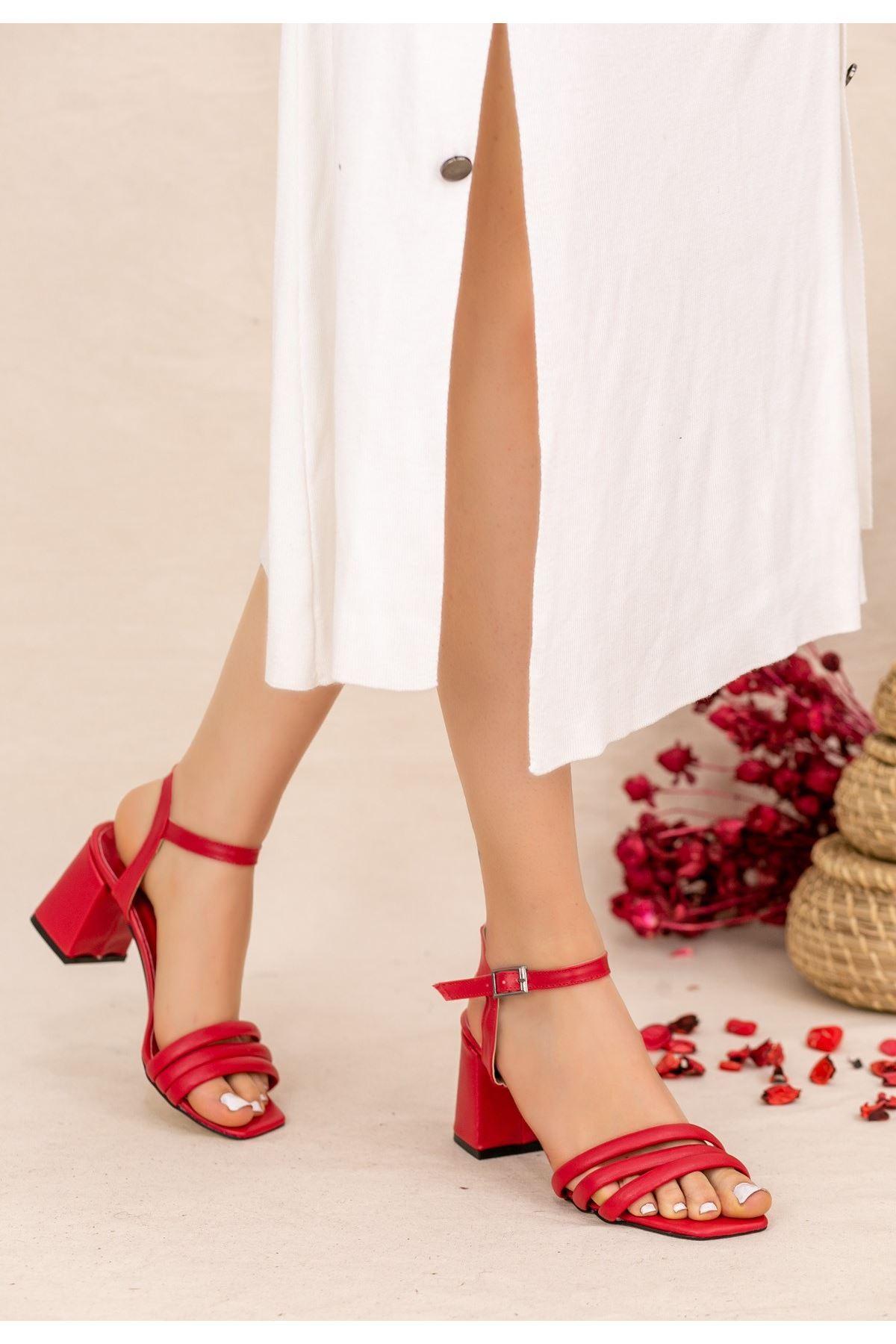 Larix Kırmızı Cilt Topuklu Ayakkabı