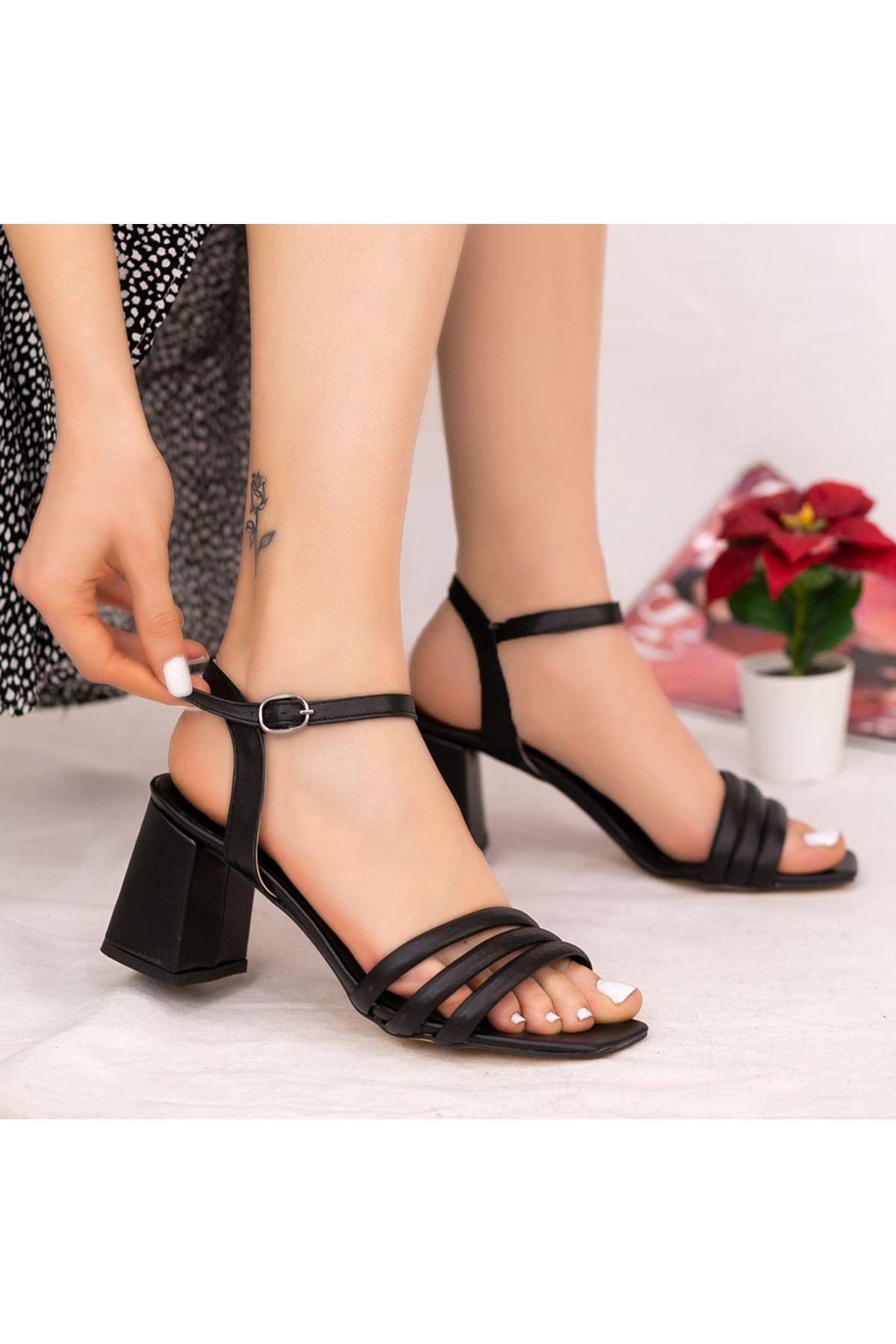 Larix Siyah Cilt Topuklu Ayakkabı