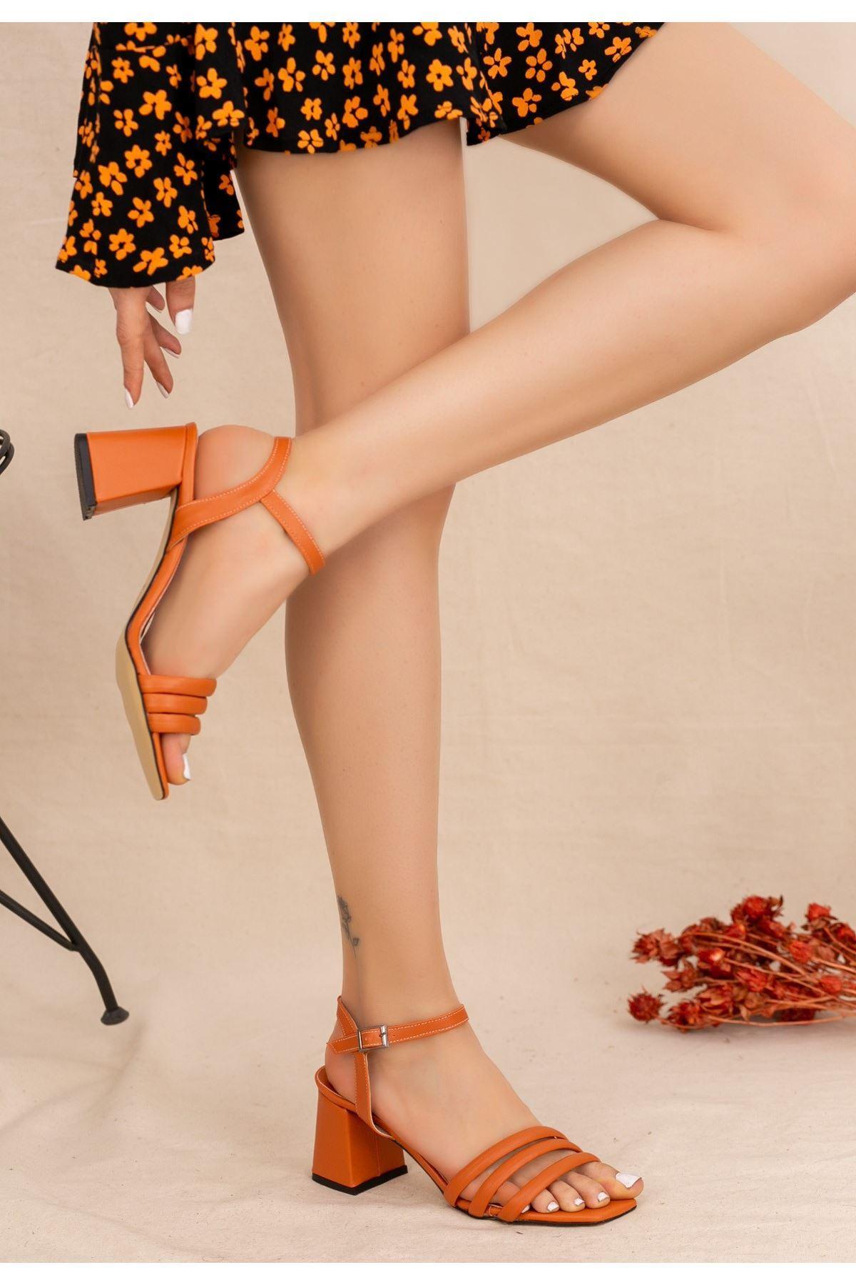 Larix Taba Cilt Topuklu Ayakkabı