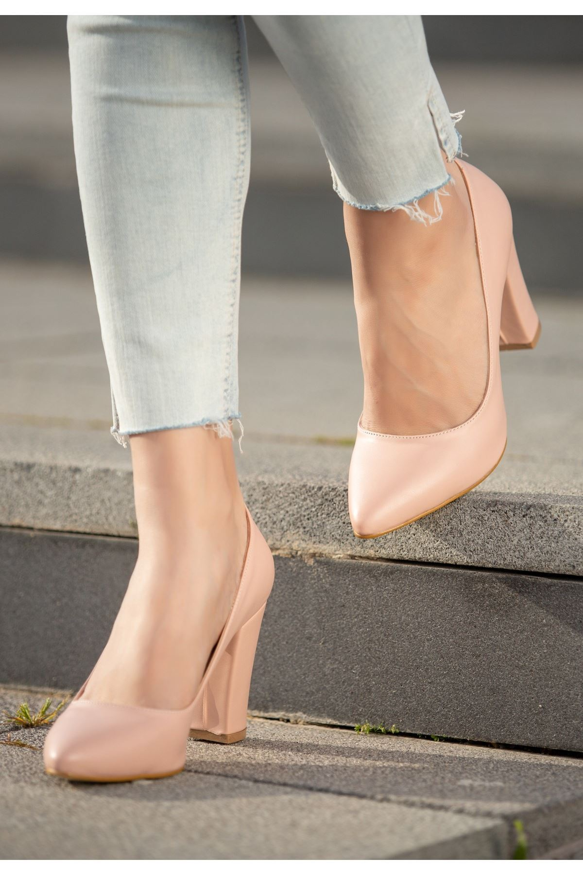 Edri Pudra Cilt Topuklu Ayakkabı